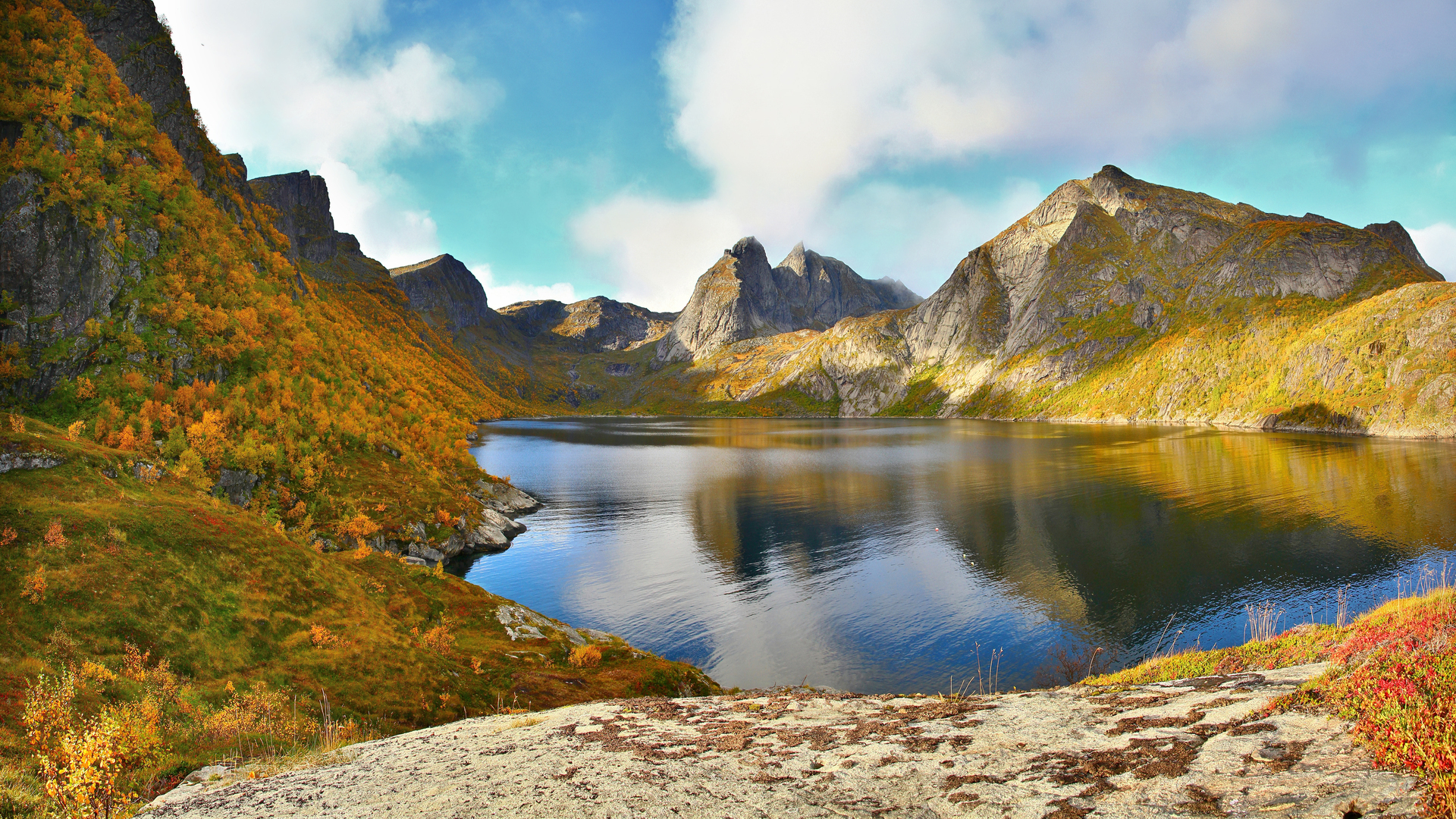 32473 download wallpaper Landscape, Mountains, Lakes screensavers and pictures for free