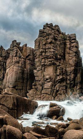 Скачать бесплатно картинку 102022: Природа, Скалы, Камни, Море, Брызги, Вода обои на телефон