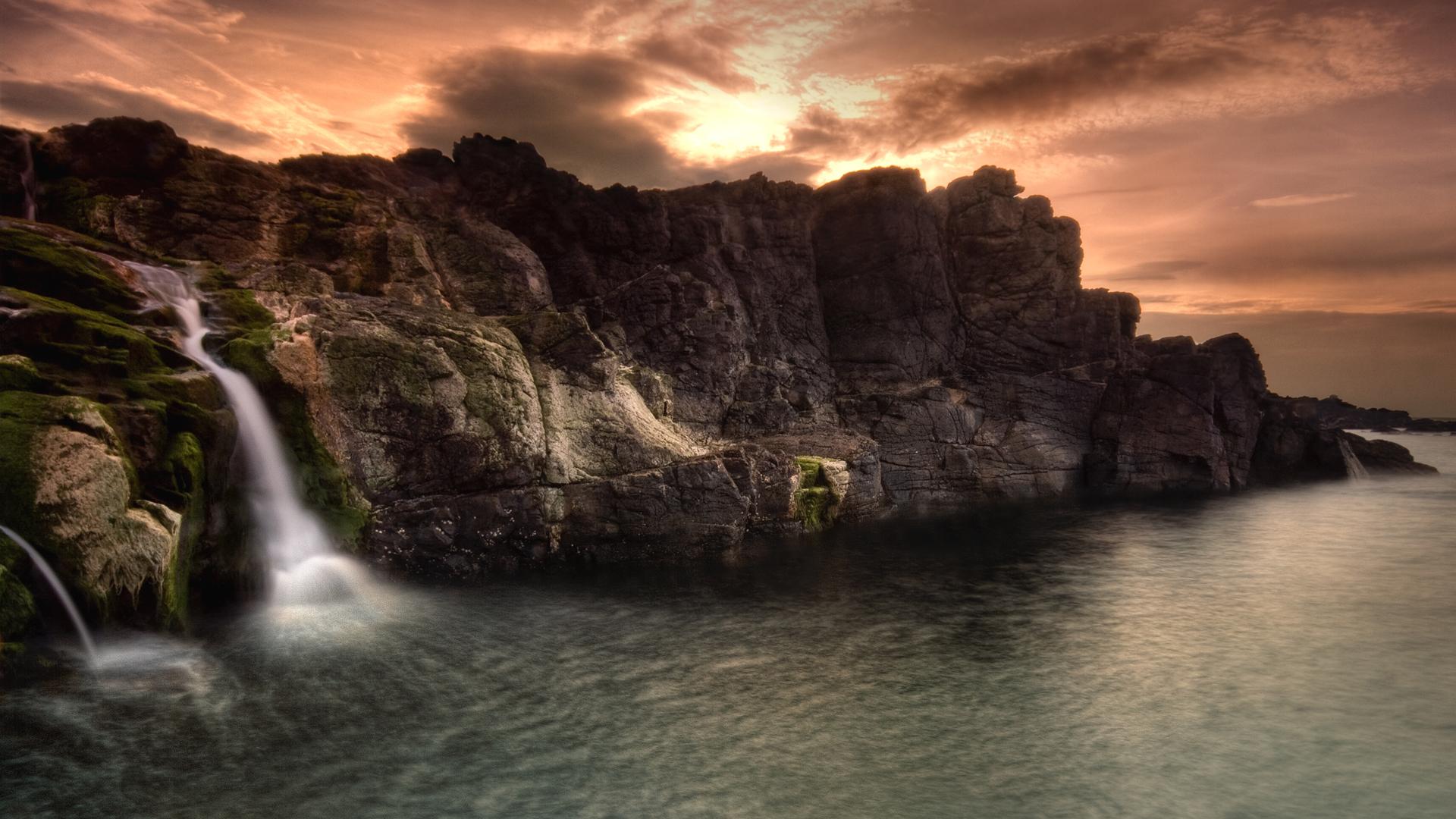 Скачать картинку Пейзаж, Горы, Море в телефон бесплатно.