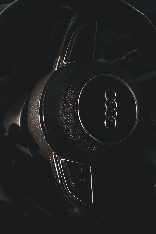 92622 télécharger le fond d'écran Voitures, Audi, Voiture, Volant, Gouvernail, Contrôler, Gestion, Salon, Le Noir - économiseurs d'écran et images gratuitement