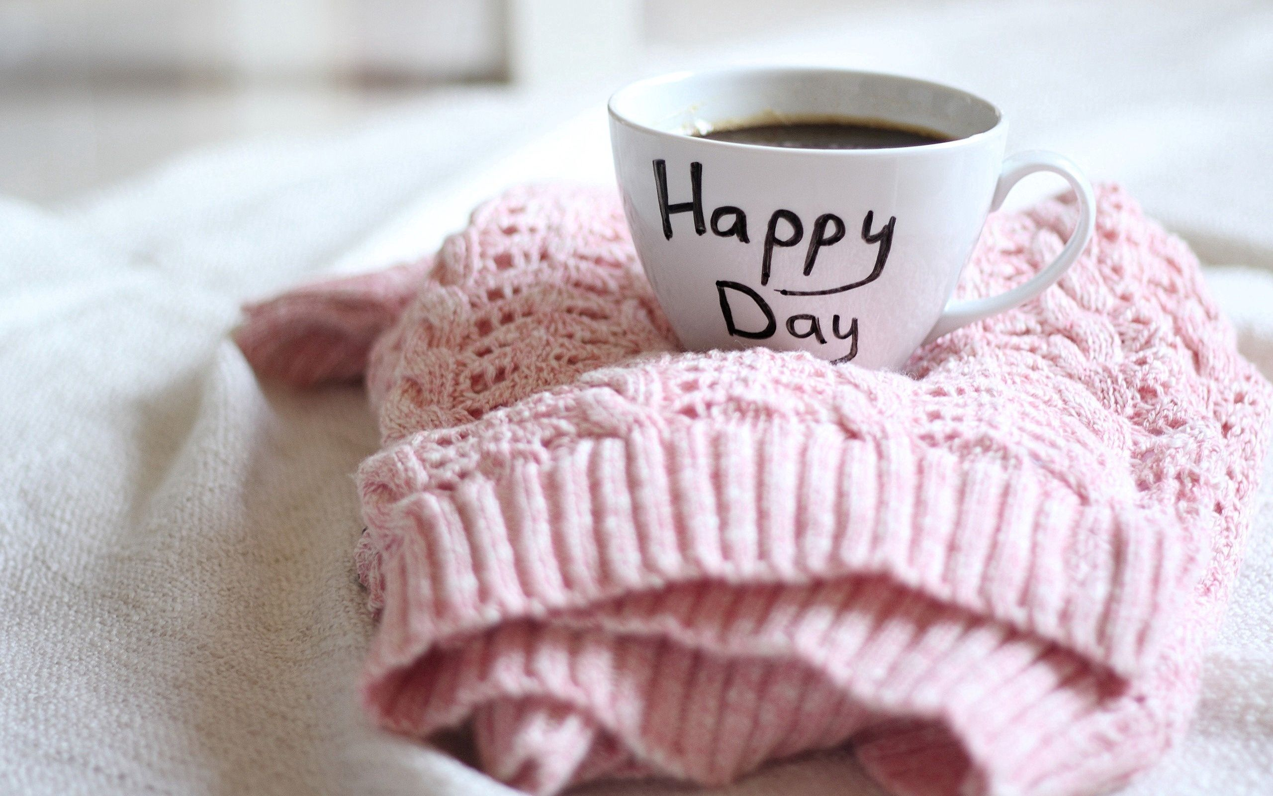 114393 download wallpaper Miscellanea, Miscellaneous, Cup, Sweater, Coffee, Care, Wish screensavers and pictures for free
