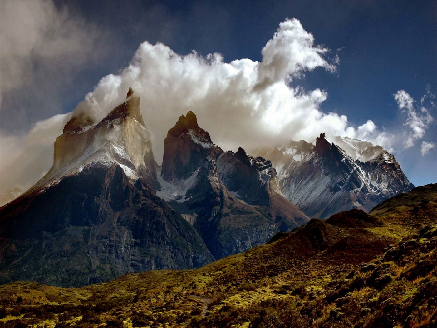 32425 download wallpaper Landscape, Mountains screensavers and pictures for free