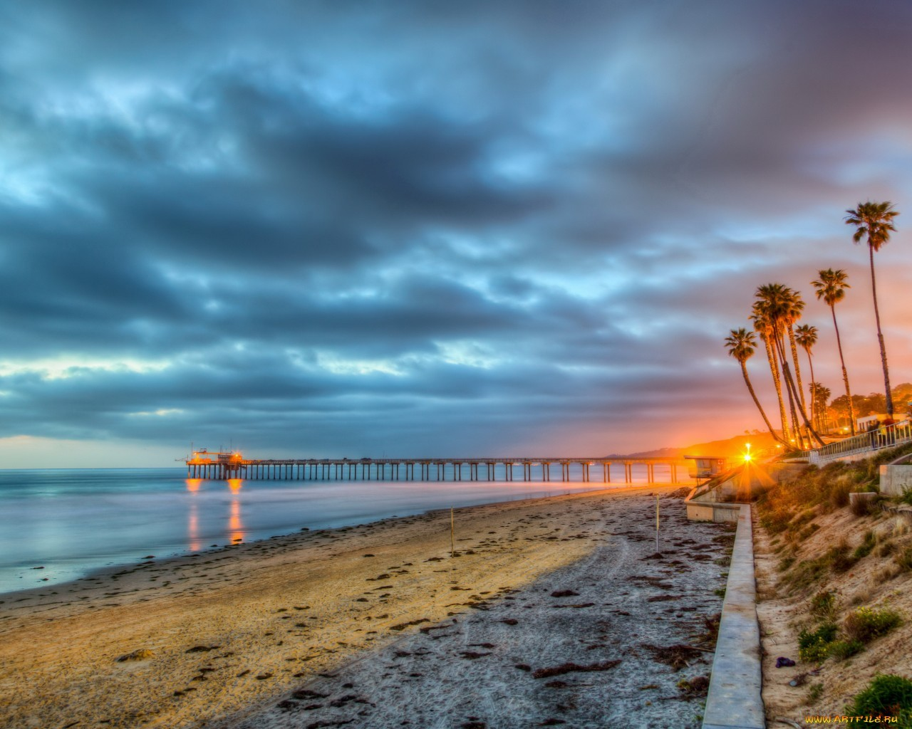 20861 download wallpaper Landscape, Sea, Clouds, Beach, Palms screensavers and pictures for free