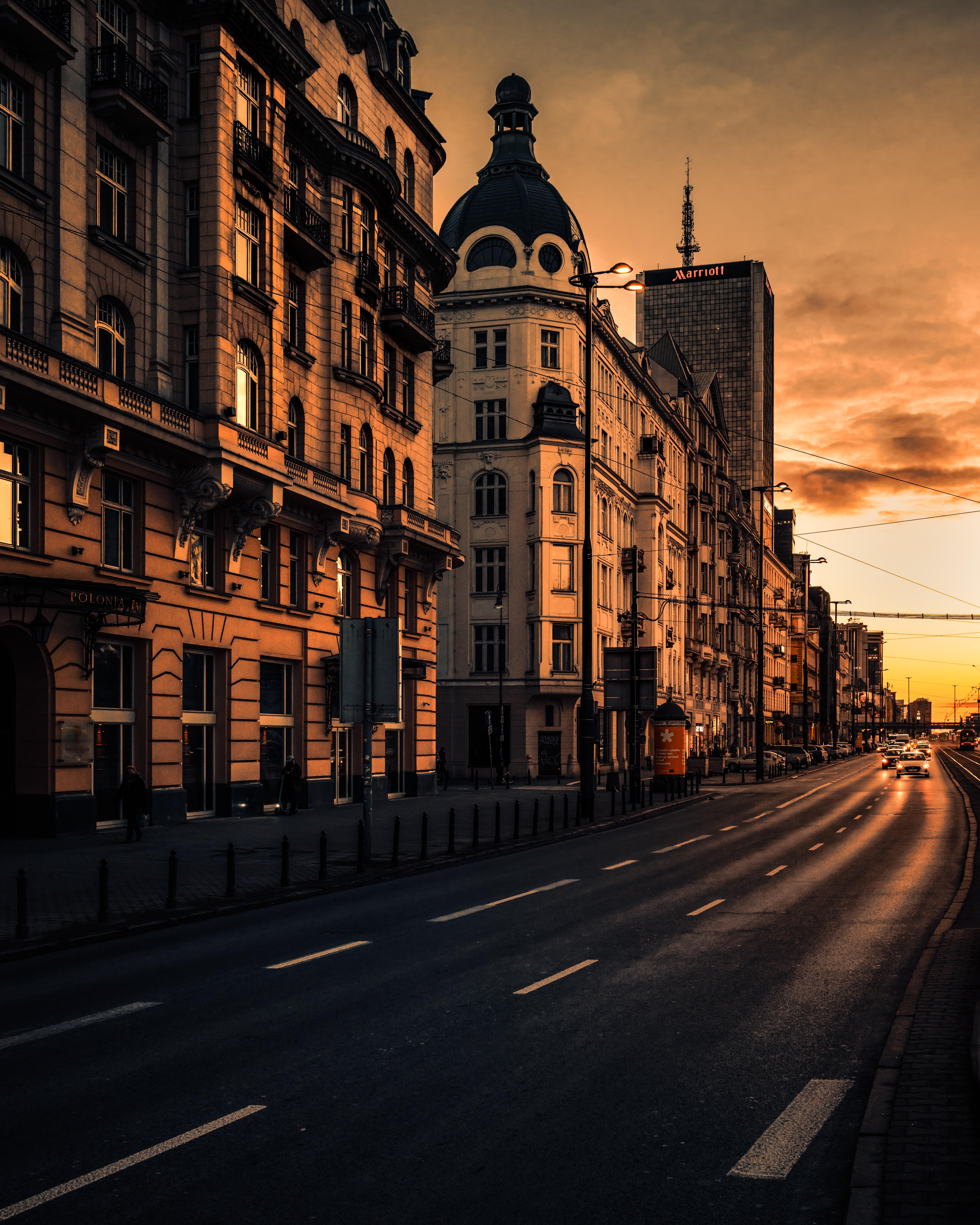 77816壁紙のダウンロード市, 都市, 建物, 道路, 道, 車, 日没, アーキテクチャ-スクリーンセーバーと写真を無料で