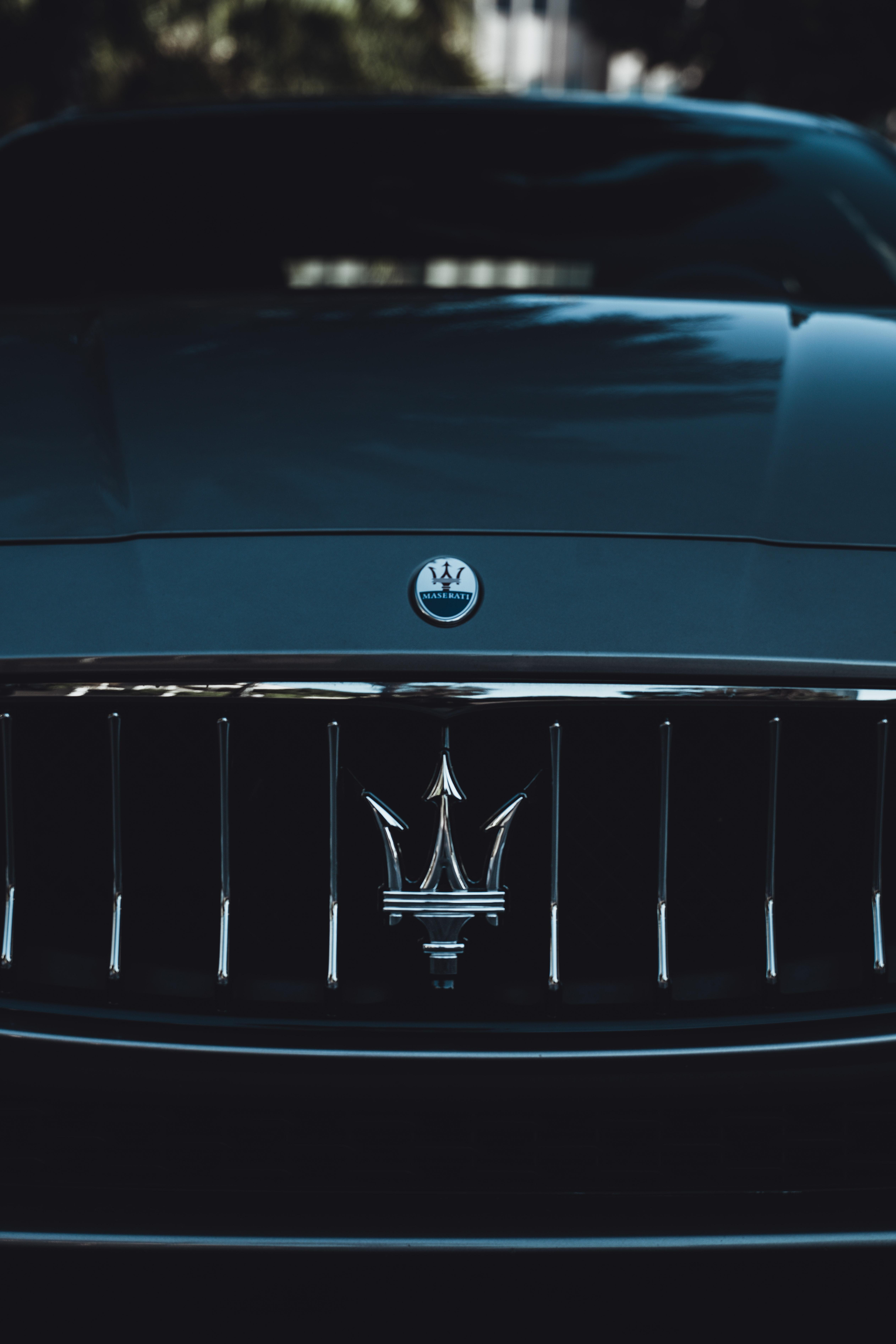 138646 Hintergrundbild 1024x600 kostenlos auf deinem Handy, lade Bilder Sport, Auto, Maserati, Cars, Wagen, Sportwagen, Logo, Stoßstange 1024x600 auf dein Handy herunter