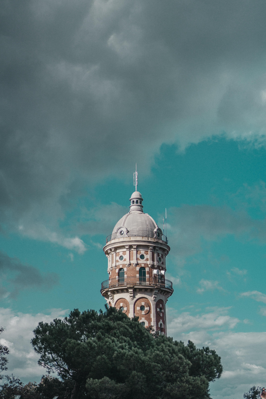 119072 baixar papel de parede Cidades, Árvores, Nuvens, Barcelona, Torre, Espanha - protetores de tela e imagens gratuitamente