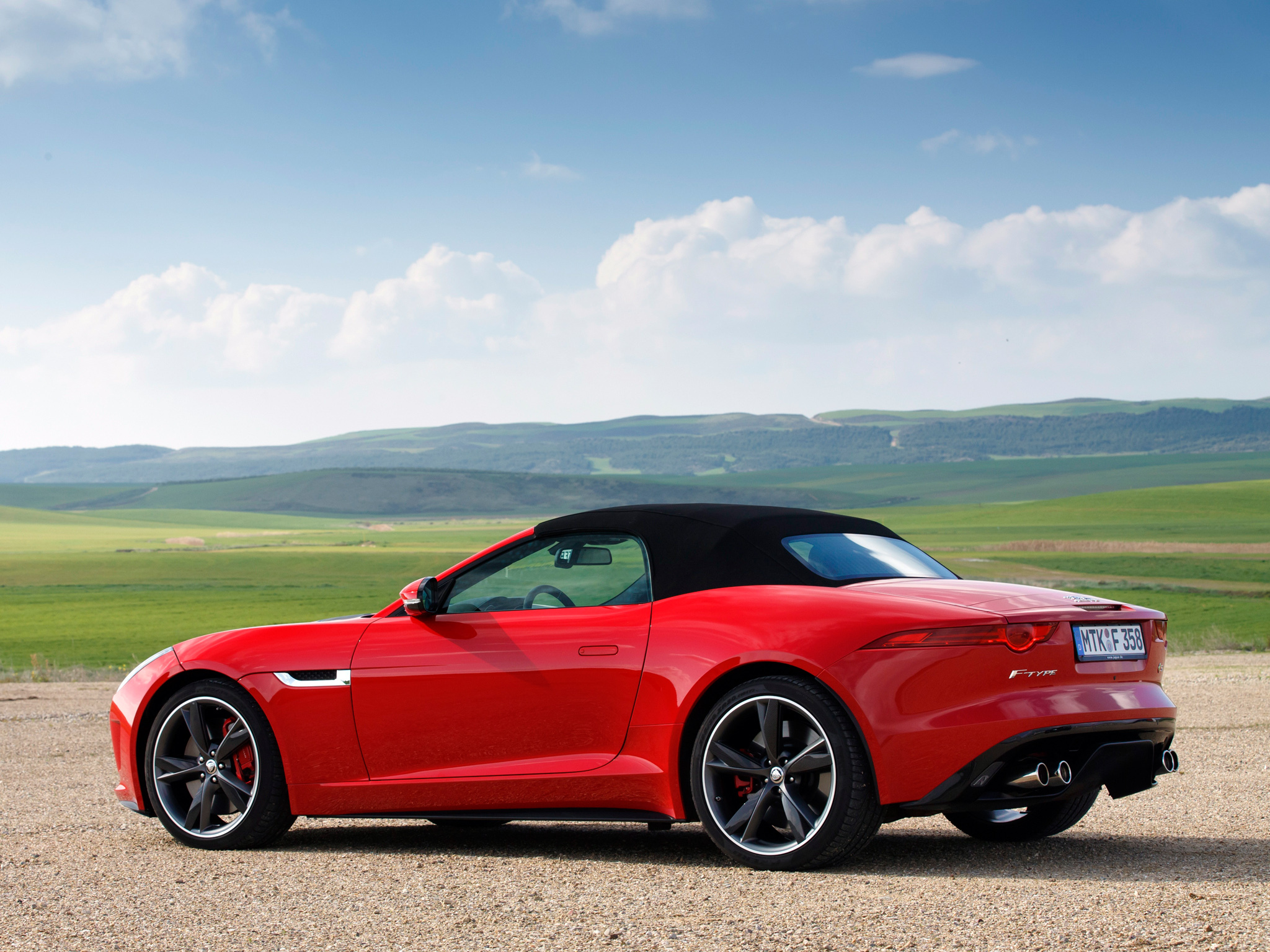 90910 download wallpaper Jaguar, Cars, Side View, F-Type, V8 S screensavers and pictures for free
