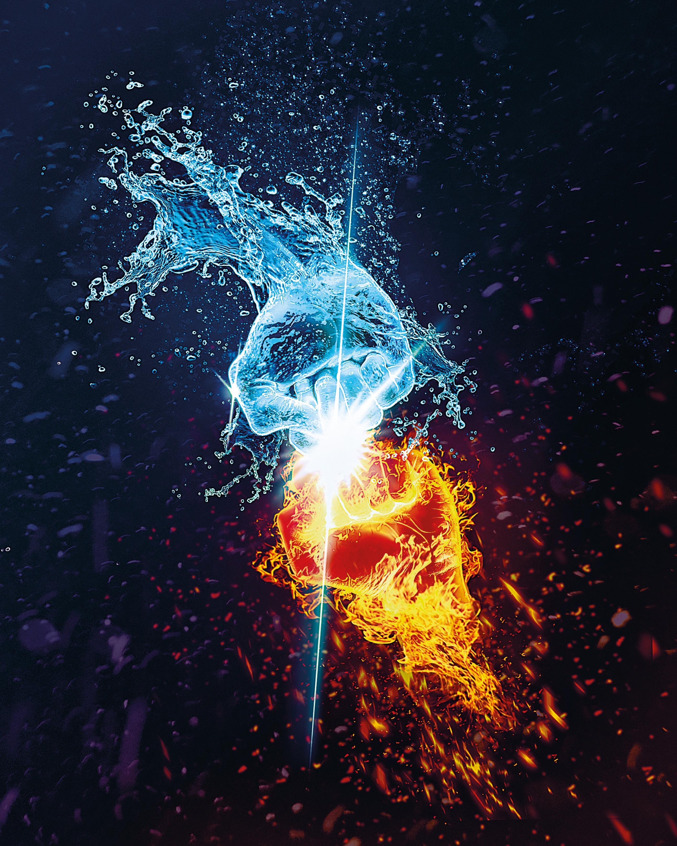68051 Hintergrundbild herunterladen Funken, Wasser, Kunst, Flamme, Sprühen, Spray, Hände, Opposition, Konfrontation, Schlacht - Bildschirmschoner und Bilder kostenlos