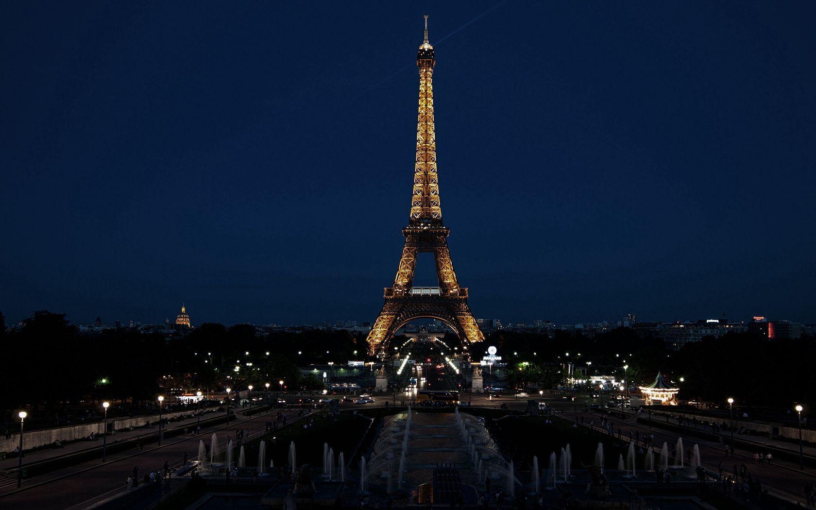 132932 Заставки и Обои Города на телефон. Скачать Париж, Франция, Город, Ночь, Огни, Города, Эйфелева Башня картинки бесплатно