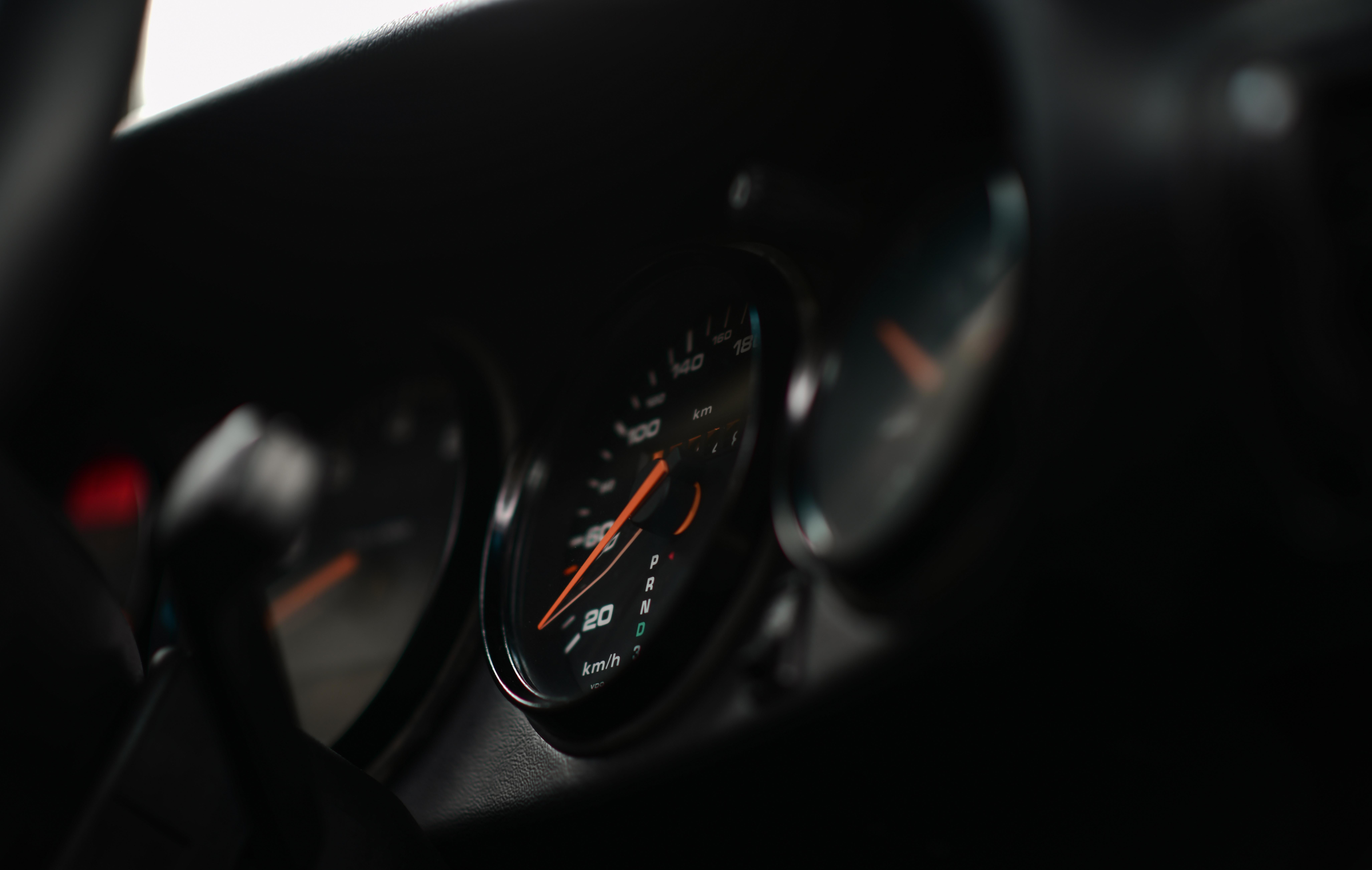 114562 скачать обои Черный, Тачки (Cars), Машина, Панель Управления, Салон, Спидометр - заставки и картинки бесплатно