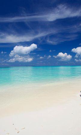 143141壁紙のダウンロード自然, モルディブ, 海洋, 大洋, ビーチ, サンド, 水, 雲, 傘-スクリーンセーバーと写真を無料で