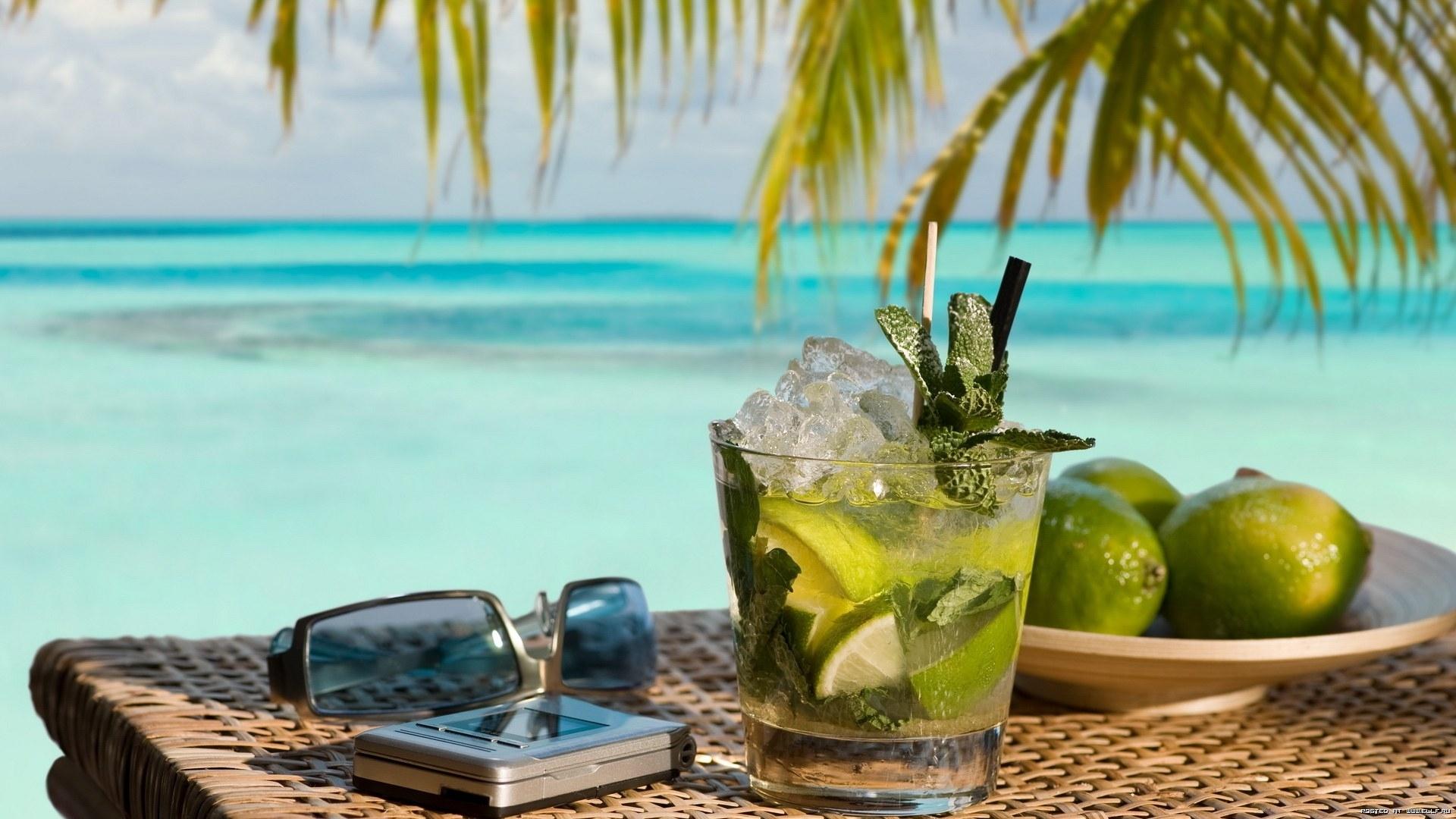 25918 скачать обои Пейзаж, Еда, Море, Лимоны, Пляж, Напитки - заставки и картинки бесплатно
