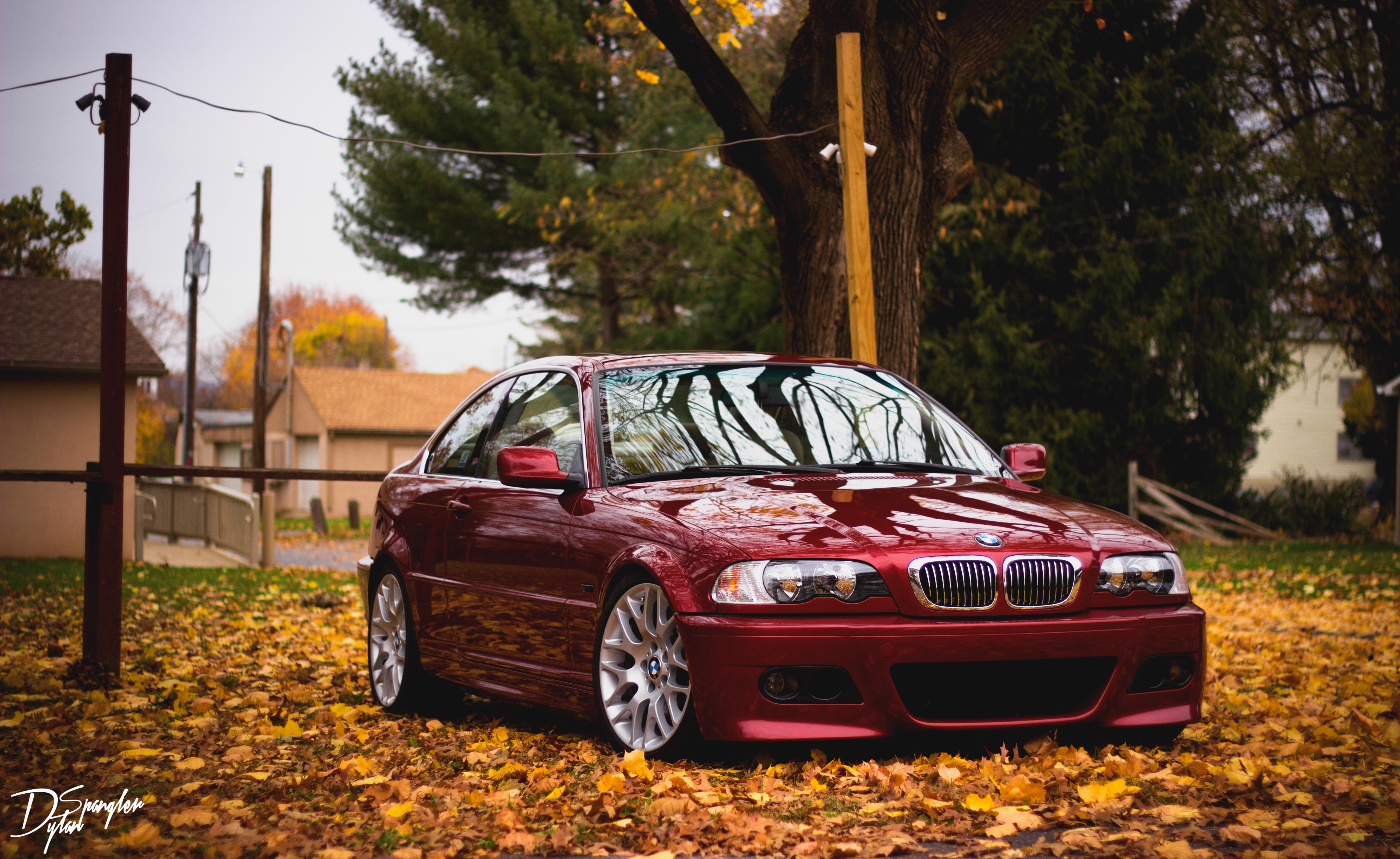 113638 скачать обои Тачки (Cars), Бмв (Bmw), Красный, Вид Сбоку, Листва, Осень - заставки и картинки бесплатно