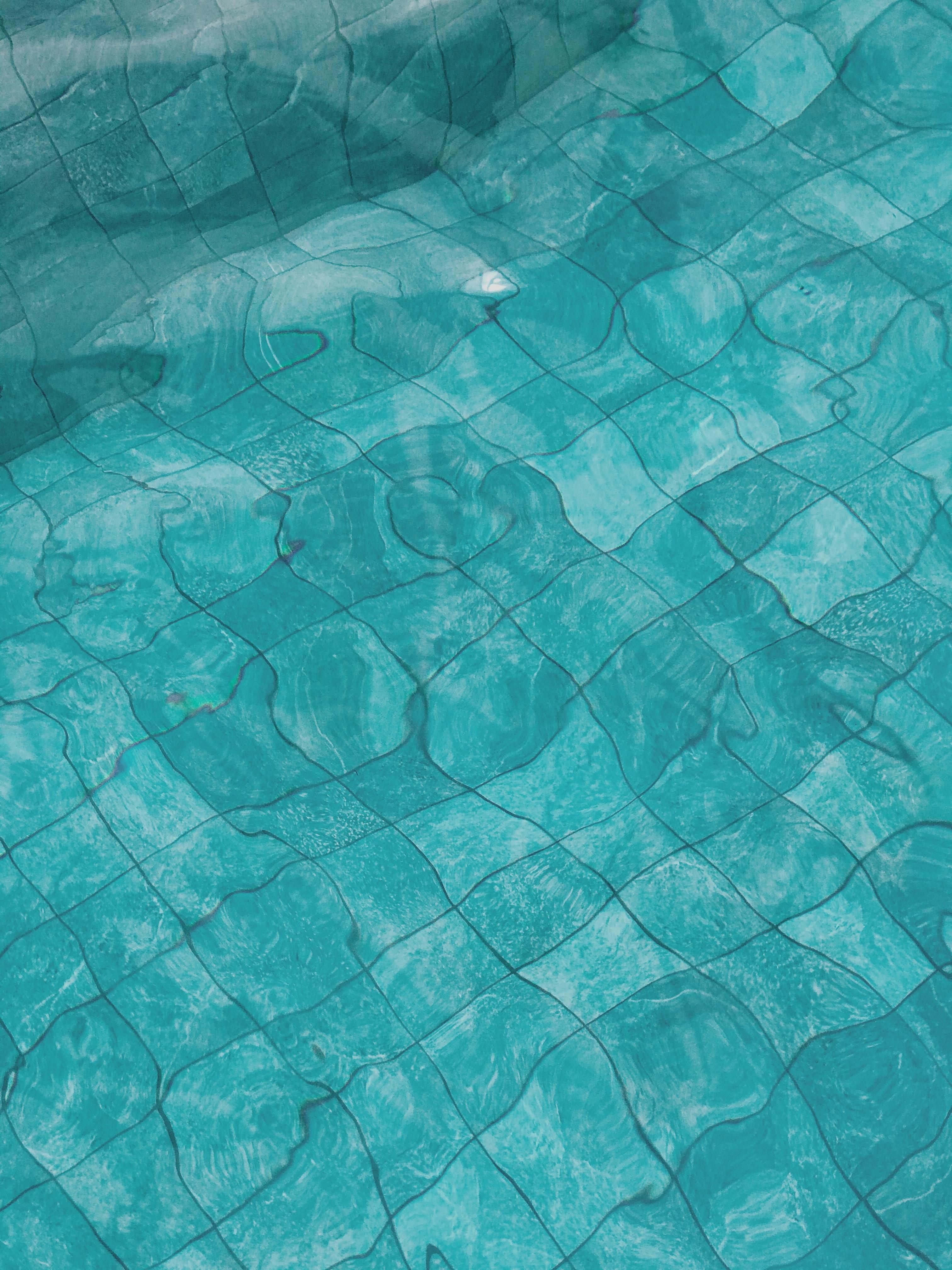 88073 скачать обои Спорт, Плитка, Вода, Бассейн, Искажение, Волны - заставки и картинки бесплатно