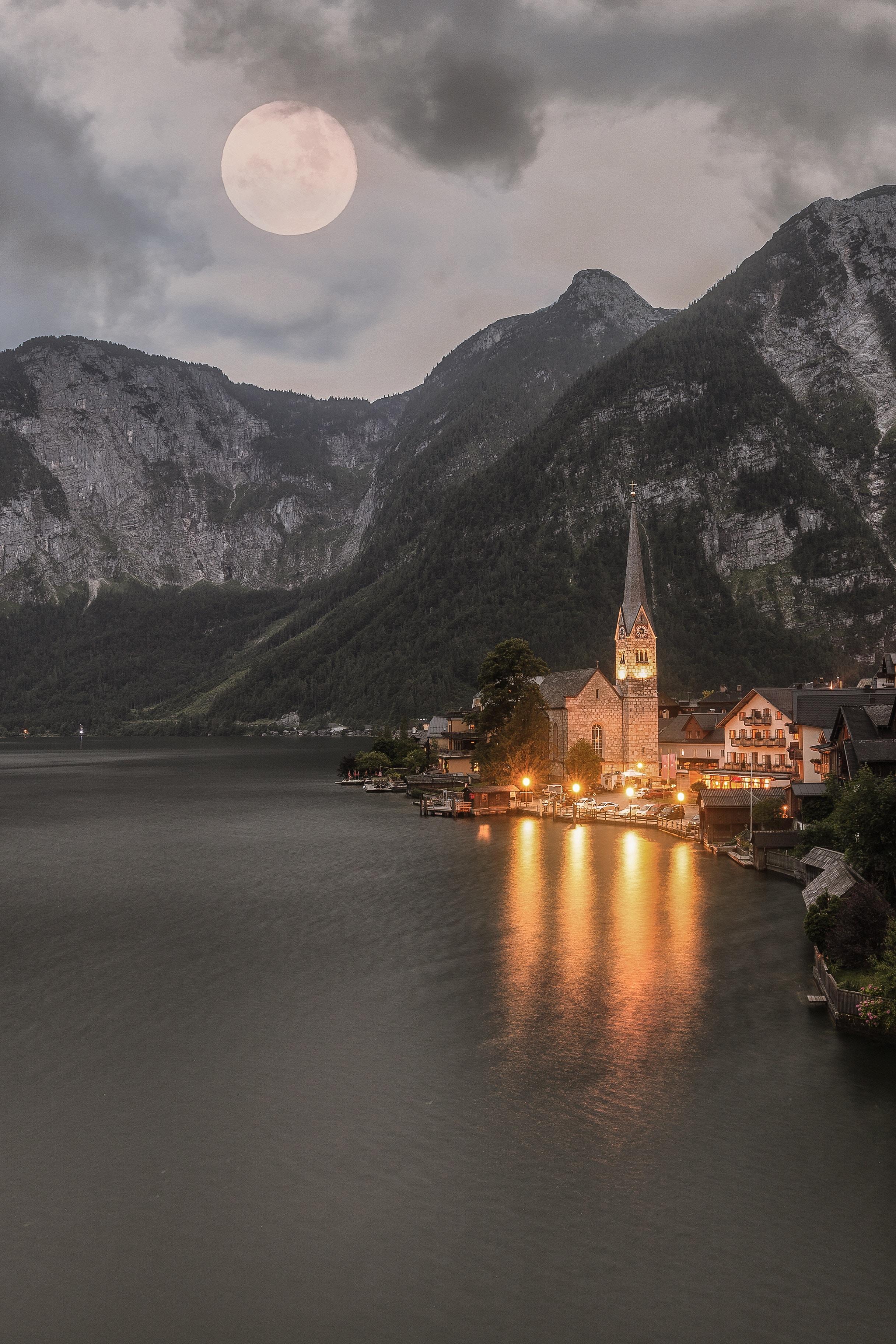 85167 Protetores de tela e papéis de parede Montanhas em seu telefone. Baixe Lago, Natureza, Montanhas, Áustria, Iluminação, Têmpora, Templo, Hallstatt fotos gratuitamente