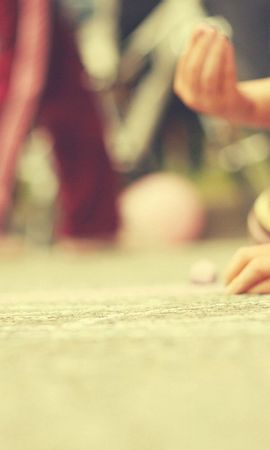 151822 download wallpaper Miscellanea, Miscellaneous, Children, Hands, Touching, Touch, Games screensavers and pictures for free