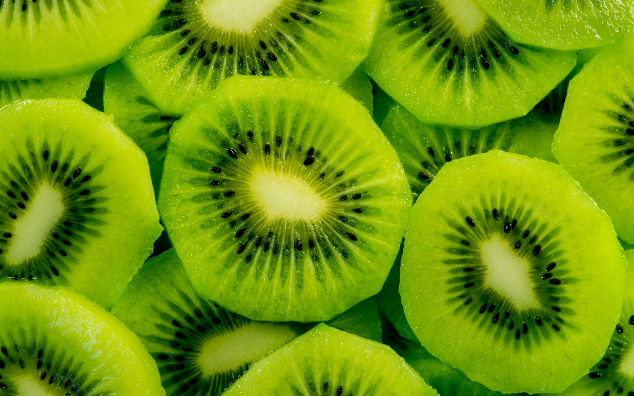 128021 Screensavers and Wallpapers Fruits for phone. Download Macro, Kiwi, Fruits pictures for free