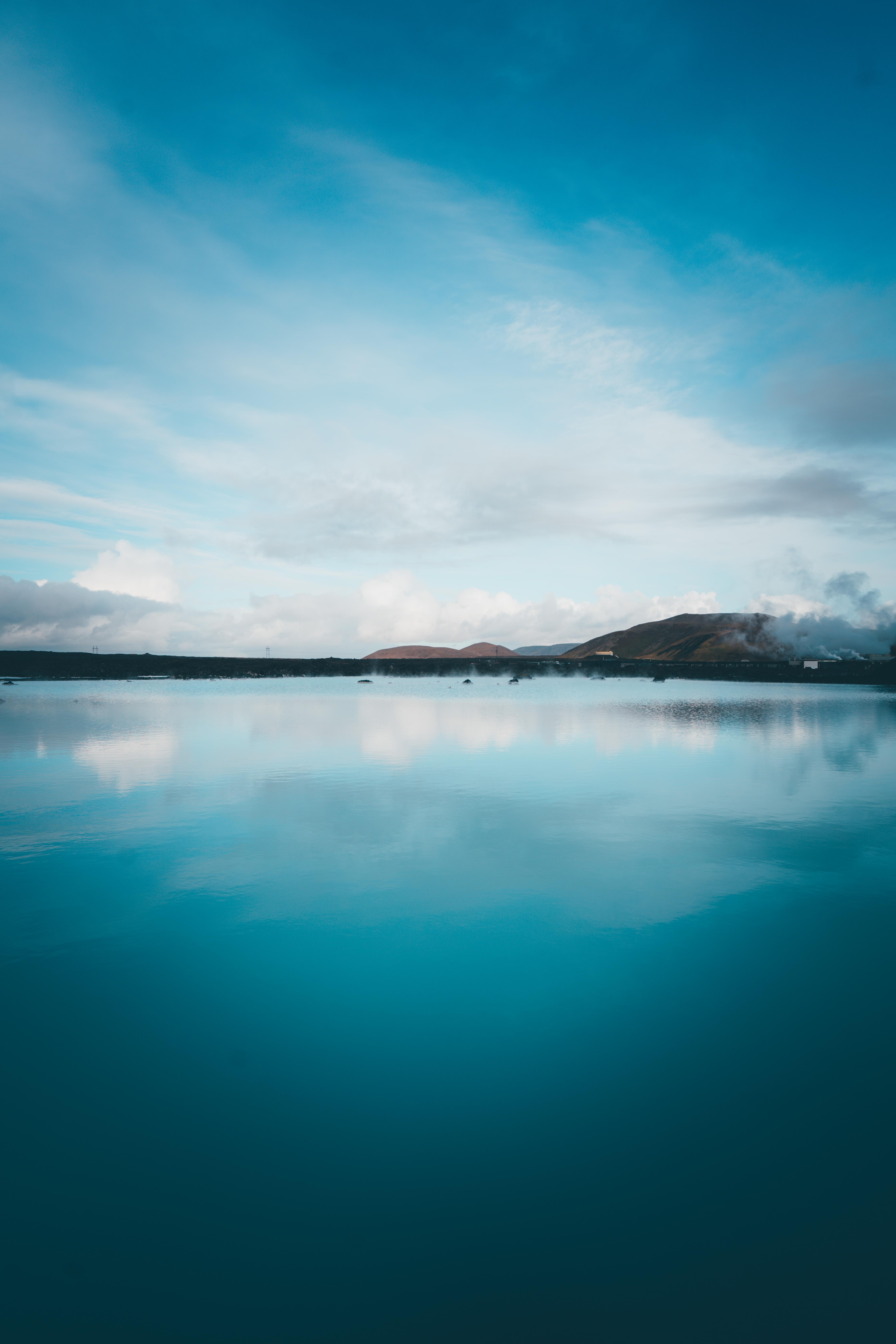 109617 скачать обои Голубой, Природа, Небо, Озеро, Отражение, Холмы, Исландия - заставки и картинки бесплатно