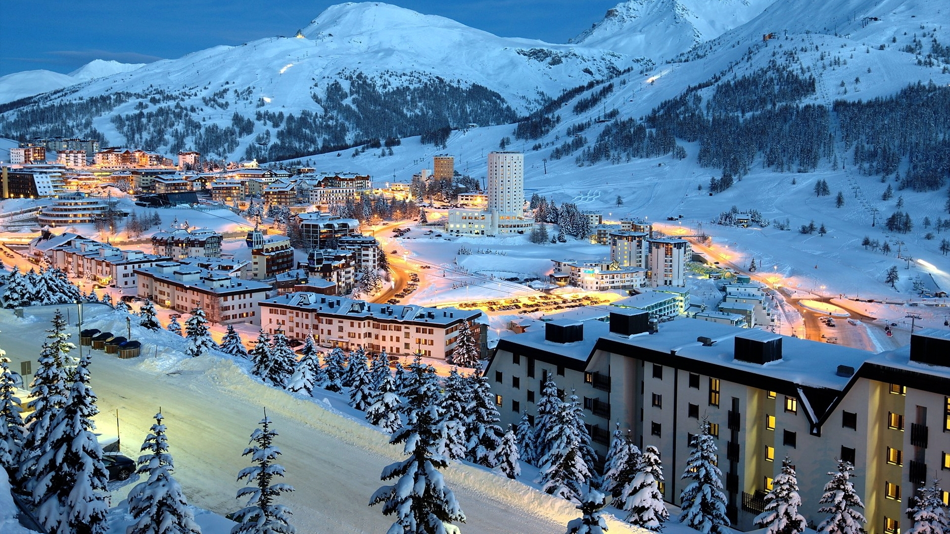 45309 download wallpaper Landscape, Cities, Winter, Snow screensavers and pictures for free