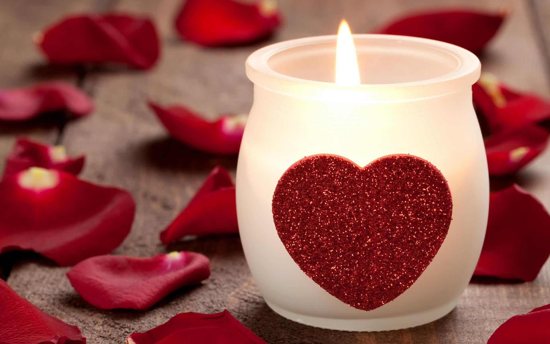 Скачать картинку Любовь, День Святого Валентина (Valentine's Day), Свечи, Праздники, Сердца в телефон бесплатно.