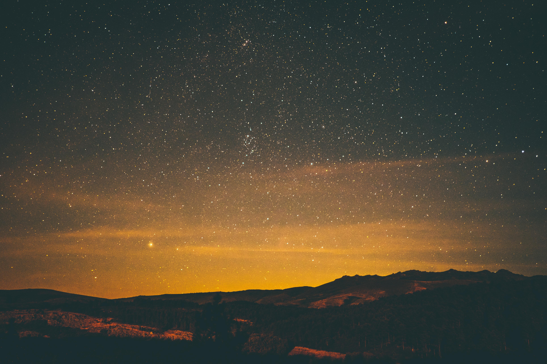 82030 papel de parede 2160x3840 em seu telefone gratuitamente, baixe imagens Natureza, Céu, Estrelas, Noite 2160x3840 em seu celular