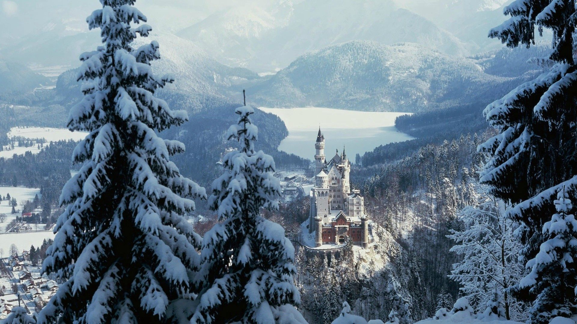 112608 Screensavers and Wallpapers Lock for phone. Download Winter, Nature, Sky, Snow, City, Lock, Forest pictures for free