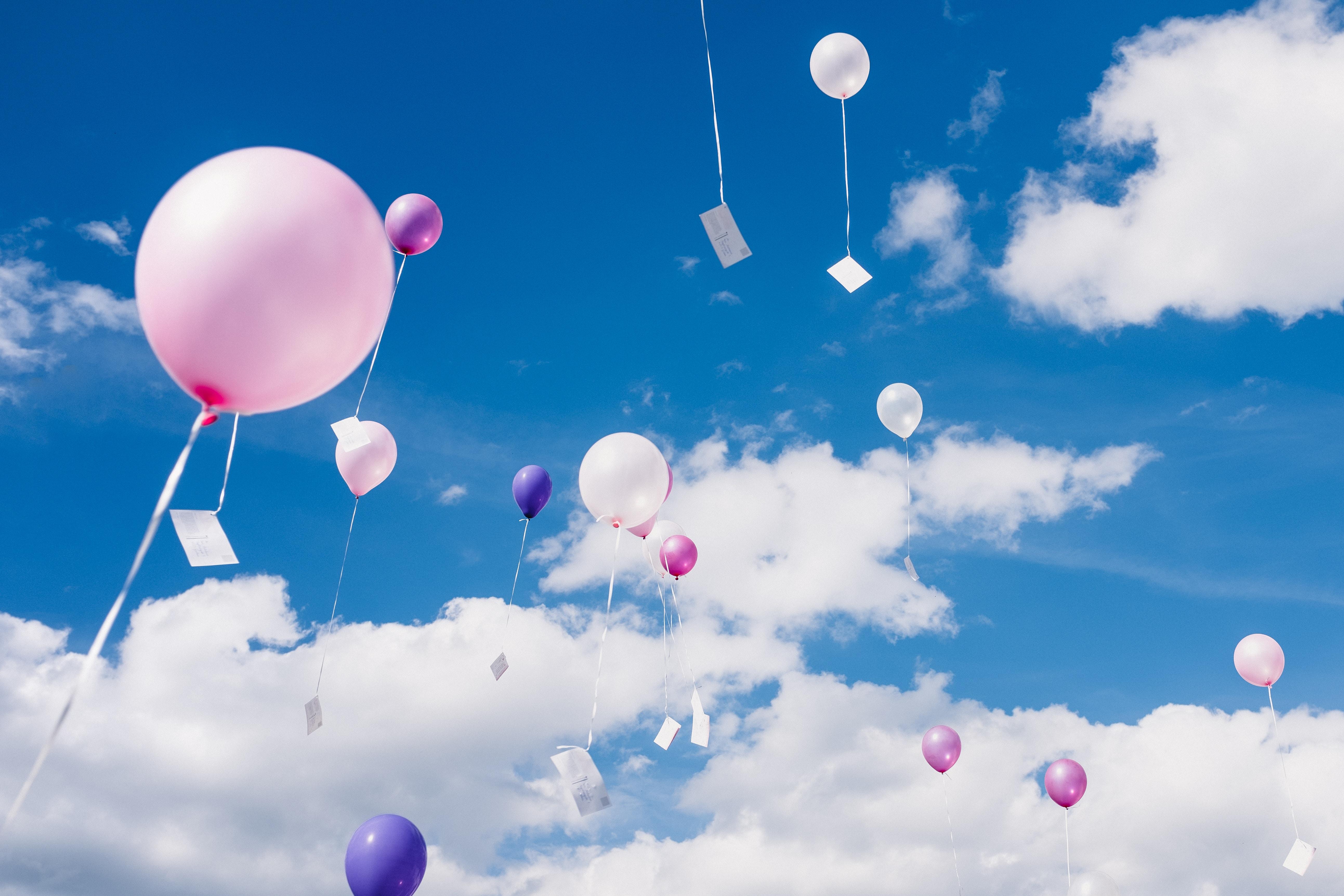 91609 papel de parede 1080x2400 em seu telefone gratuitamente, baixe imagens Céu, Nuvens, Balões, Miscelânea, Variado, Voar, Voo, Altura, Balões De Ar 1080x2400 em seu celular