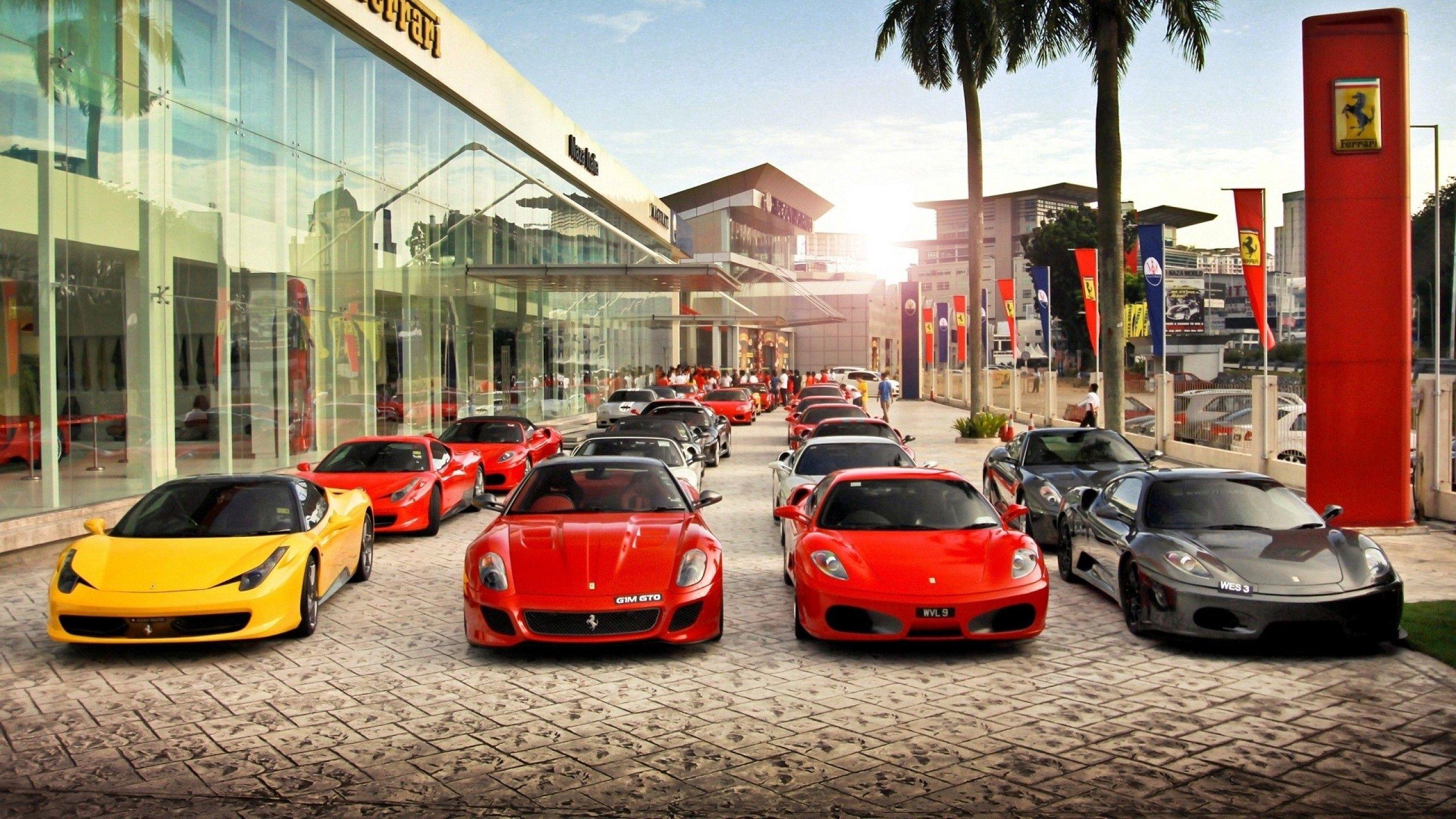 149716 télécharger le fond d'écran Ferrari, Voitures, Ville, Vue - économiseurs d'écran et images gratuitement