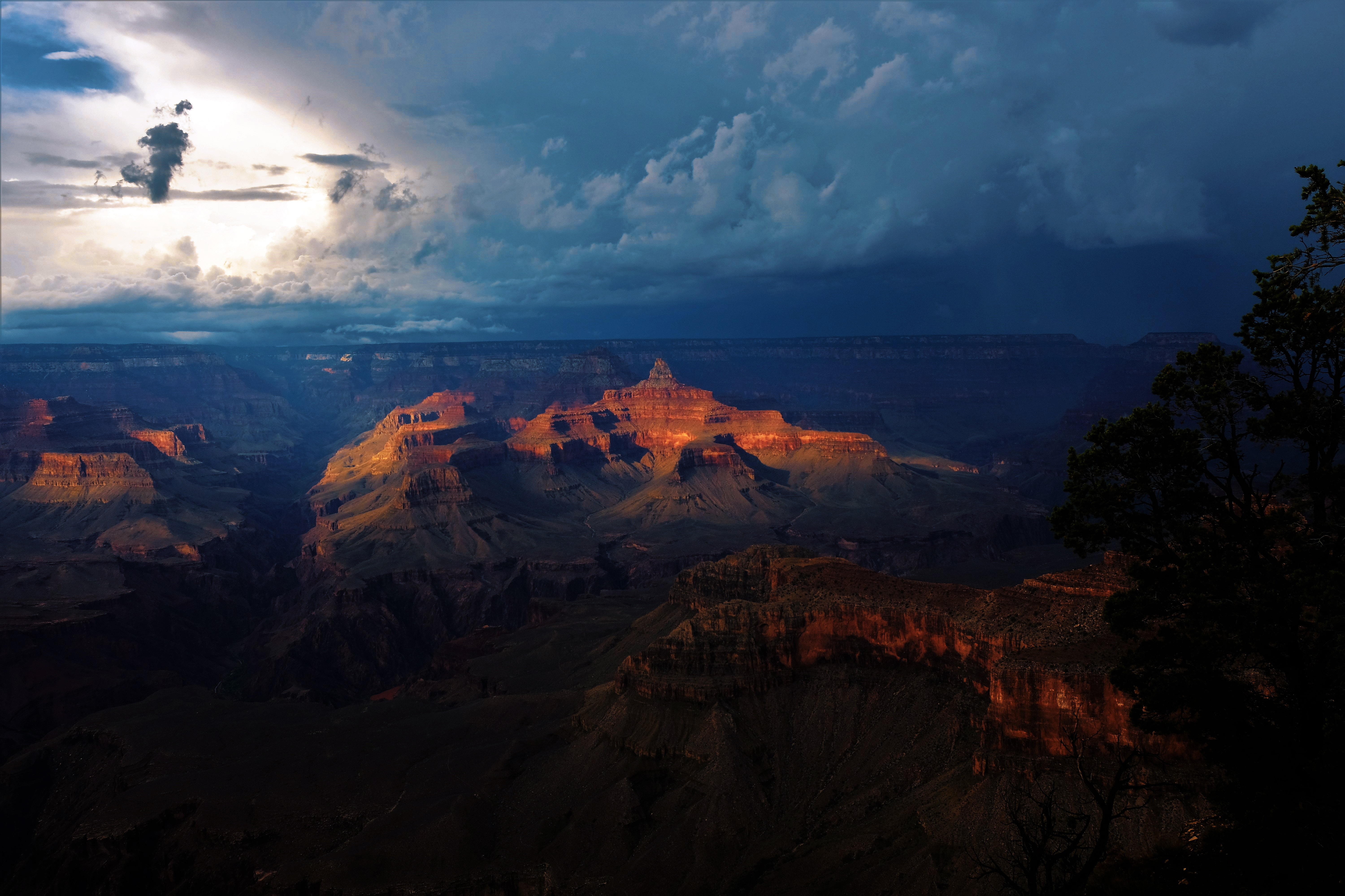 141534 download wallpaper Nature, Canyon, Grand Canyon, Clouds, Mainly Cloudy, Overcast, Night screensavers and pictures for free