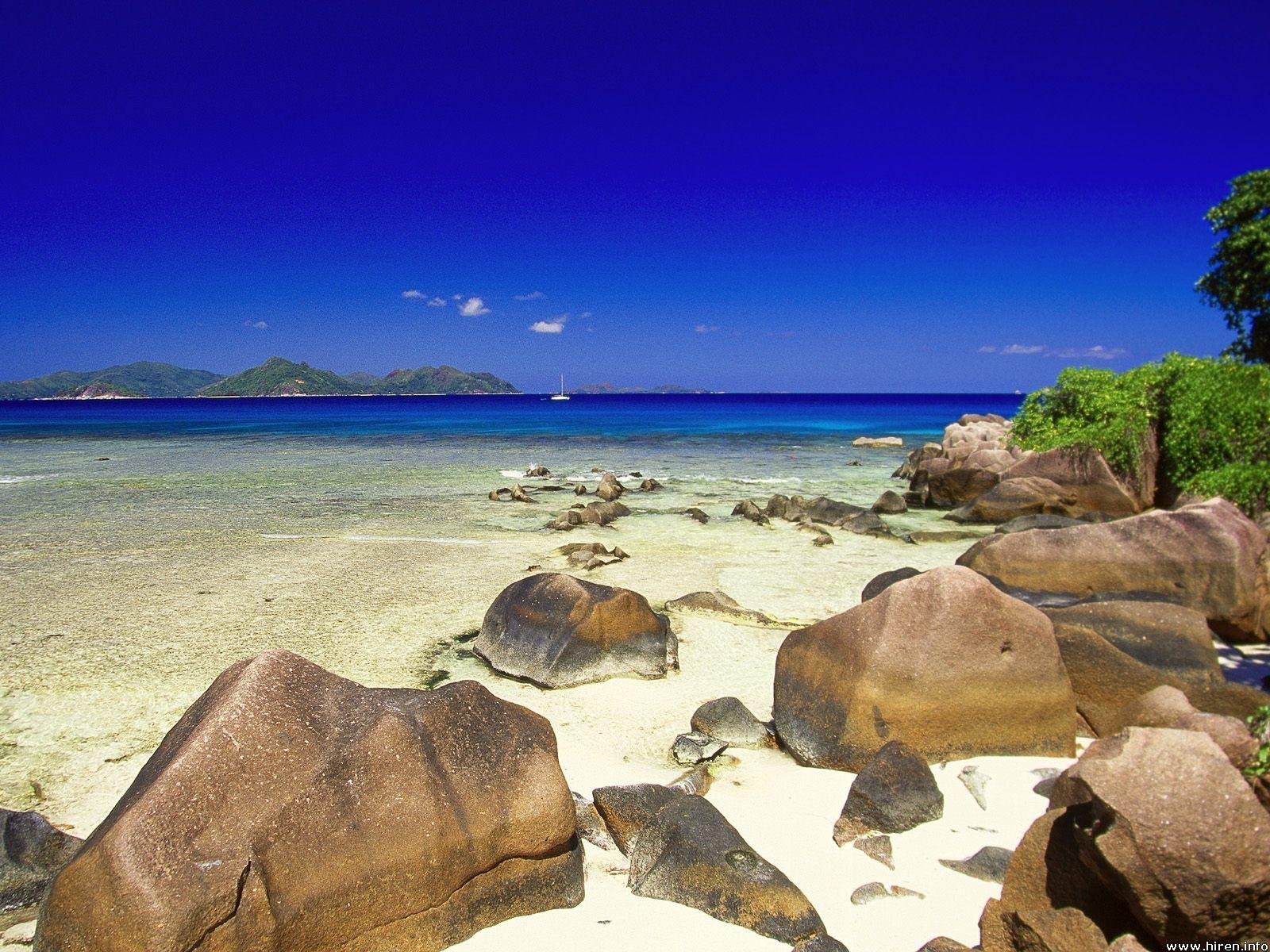 3638 скачать обои Пейзаж, Камни, Небо, Море - заставки и картинки бесплатно