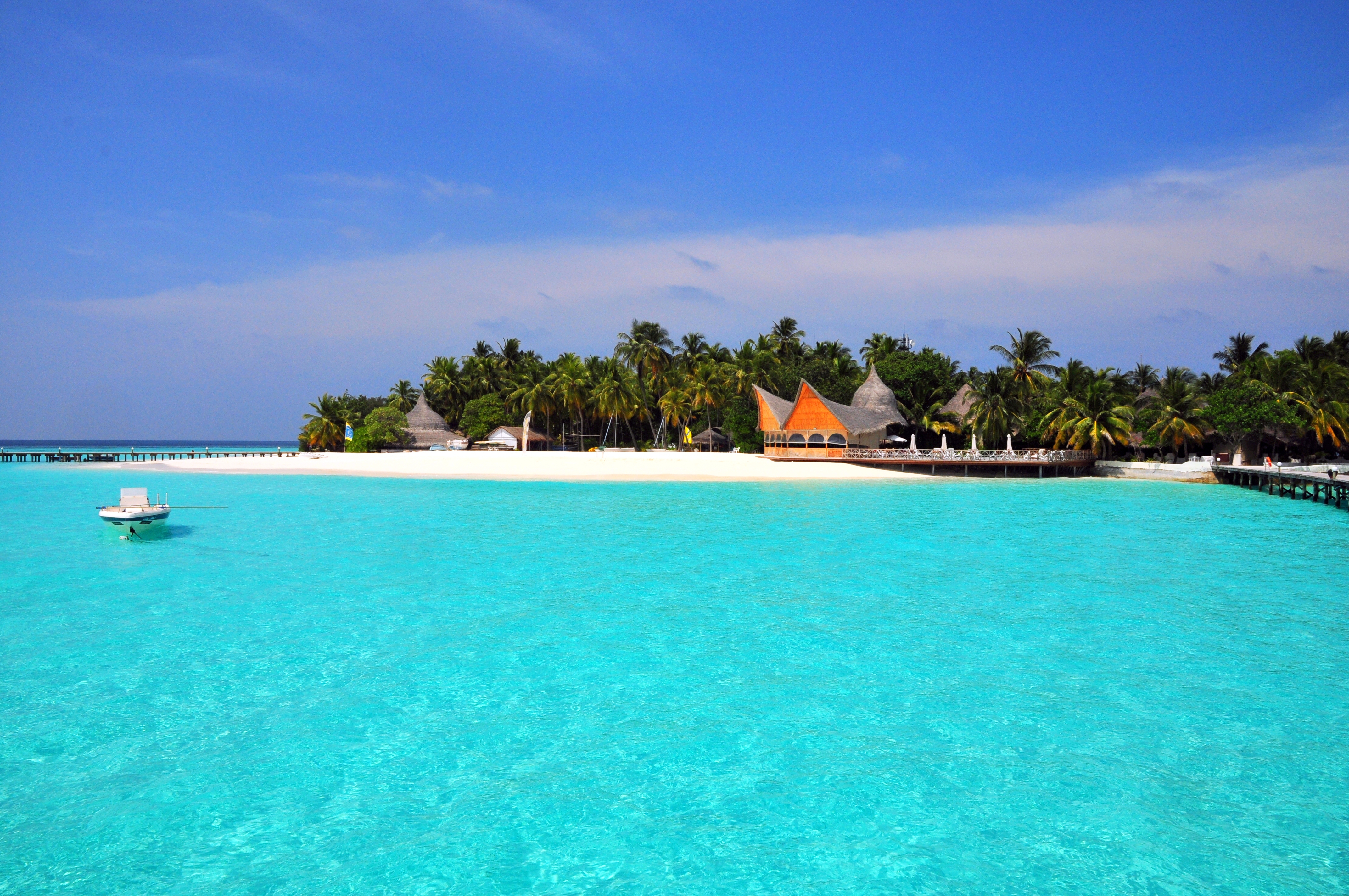 80785 Screensavers and Wallpapers Island for phone. Download Nature, Beach, Tropics, Island, Maldives pictures for free