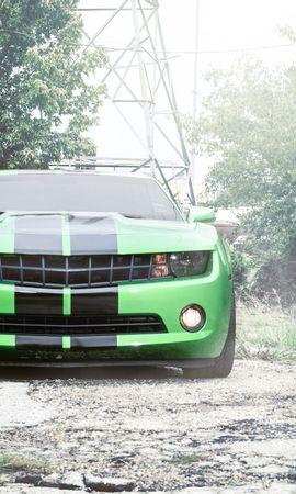 83642 скачать Зеленые обои на телефон бесплатно, Тачки (Cars), Шевроле (Chevrolet), Camaro, Шевроле, Камаро, Передок, Зелёный, Чёрные, Полосы Зеленые картинки и заставки на мобильный