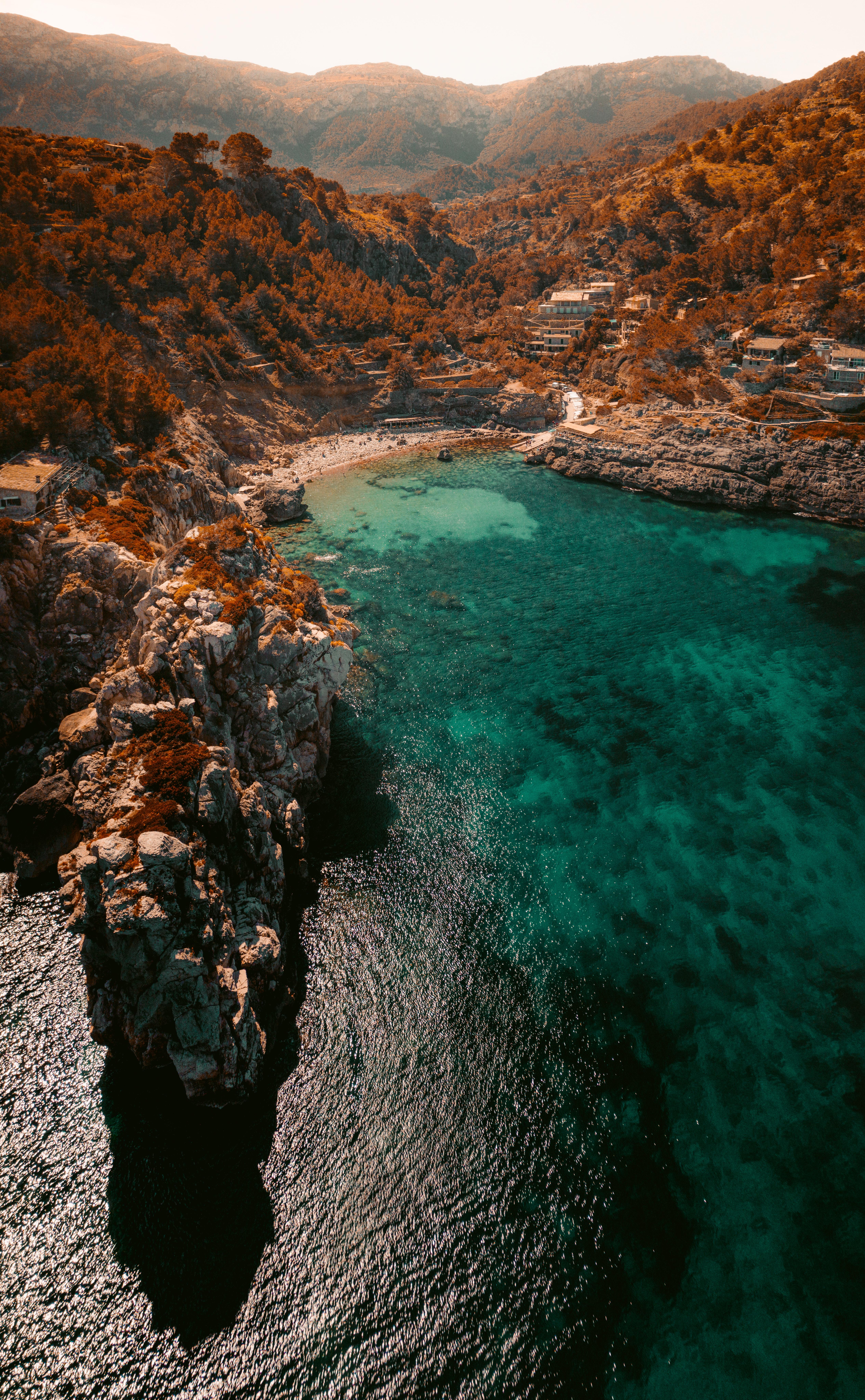82477 скачать обои Море, Природа, Пляж, Скалы, Вид Сверху, Побережье, Залив - заставки и картинки бесплатно