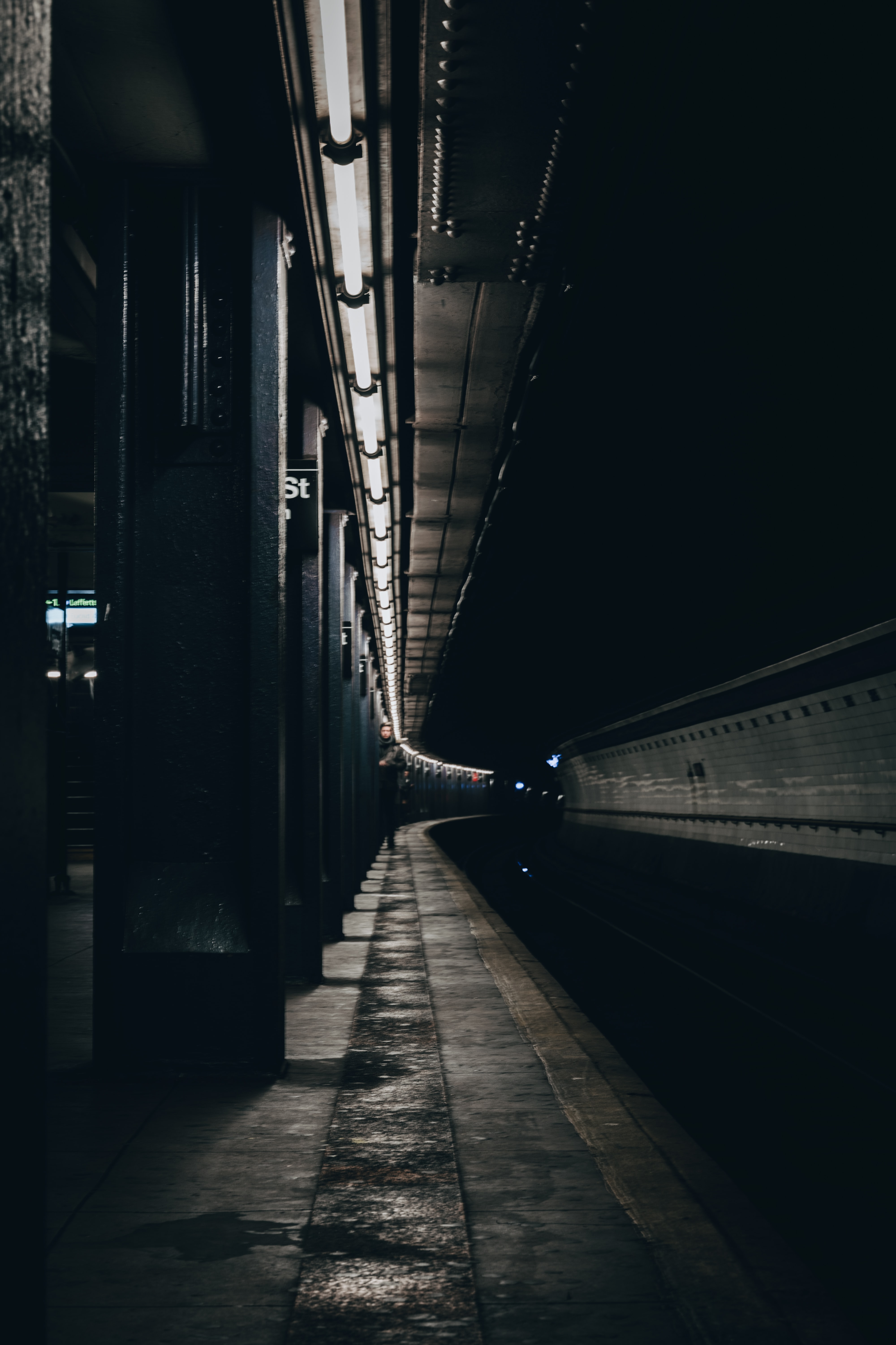 123635 Screensavers and Wallpapers Metro for phone. Download Dark, Silhouette, Miscellanea, Miscellaneous, Human, Person, Tunnel, Metro, Subway pictures for free