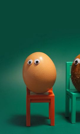 137894 download wallpaper Miscellanea, Miscellaneous, Egg, Kiwi, Eyes, Chairs, Funny, Situation screensavers and pictures for free