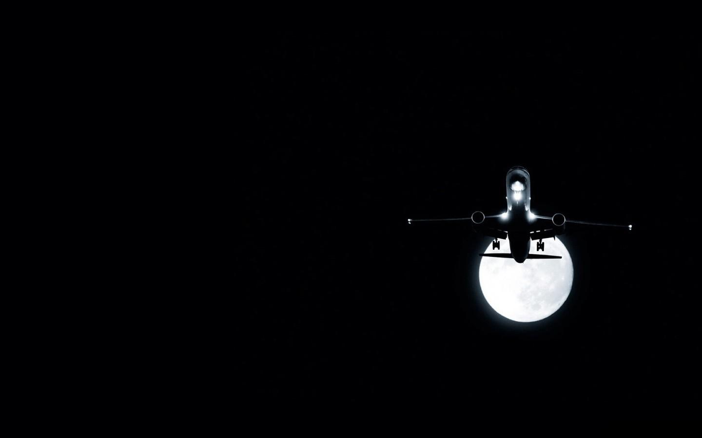 21425 скачать обои Транспорт, Ночь, Самолеты, Луна - заставки и картинки бесплатно
