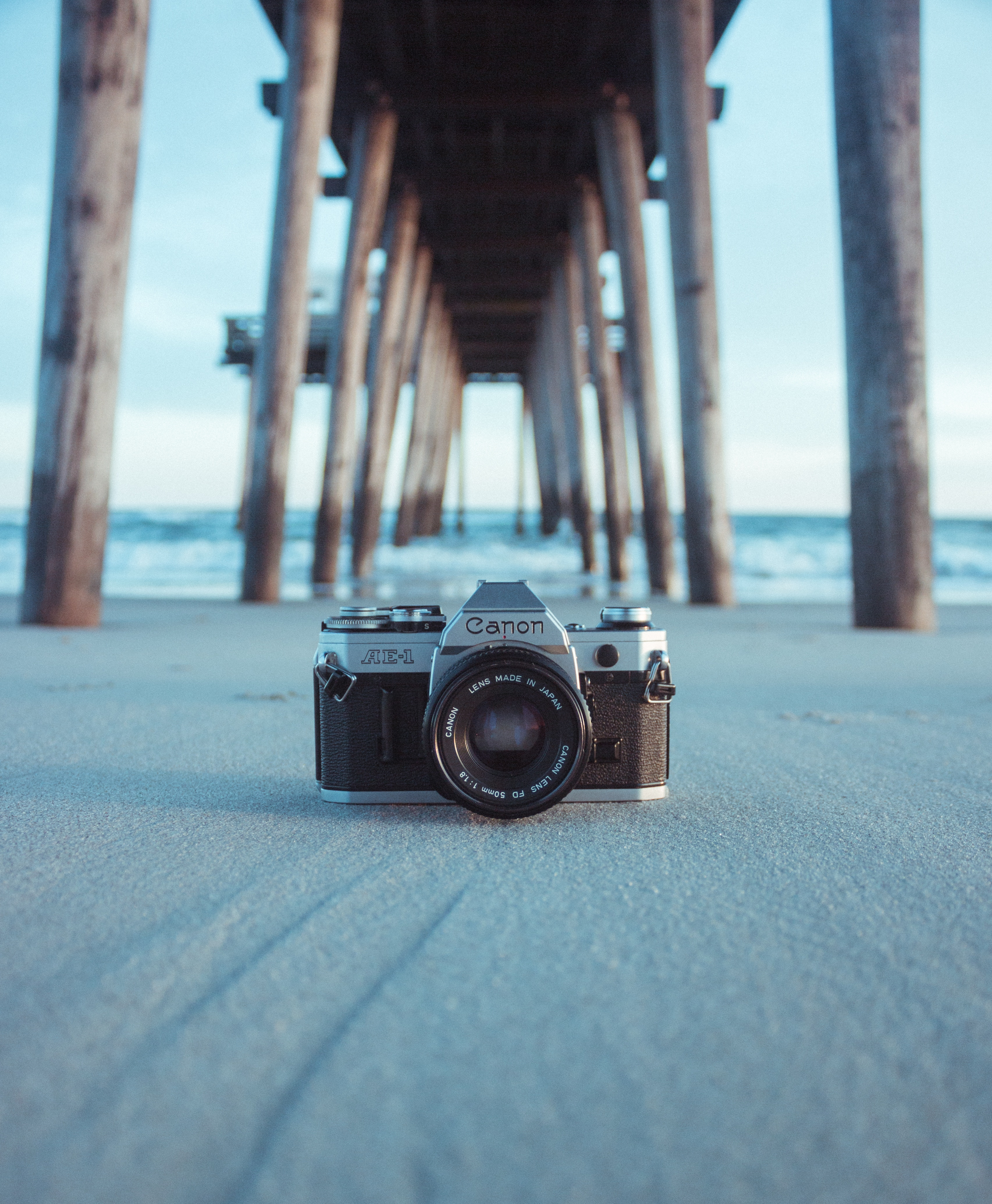 58866 download wallpaper Technologies, Technology, Camera, Pier, Sand, Blur, Smooth screensavers and pictures for free