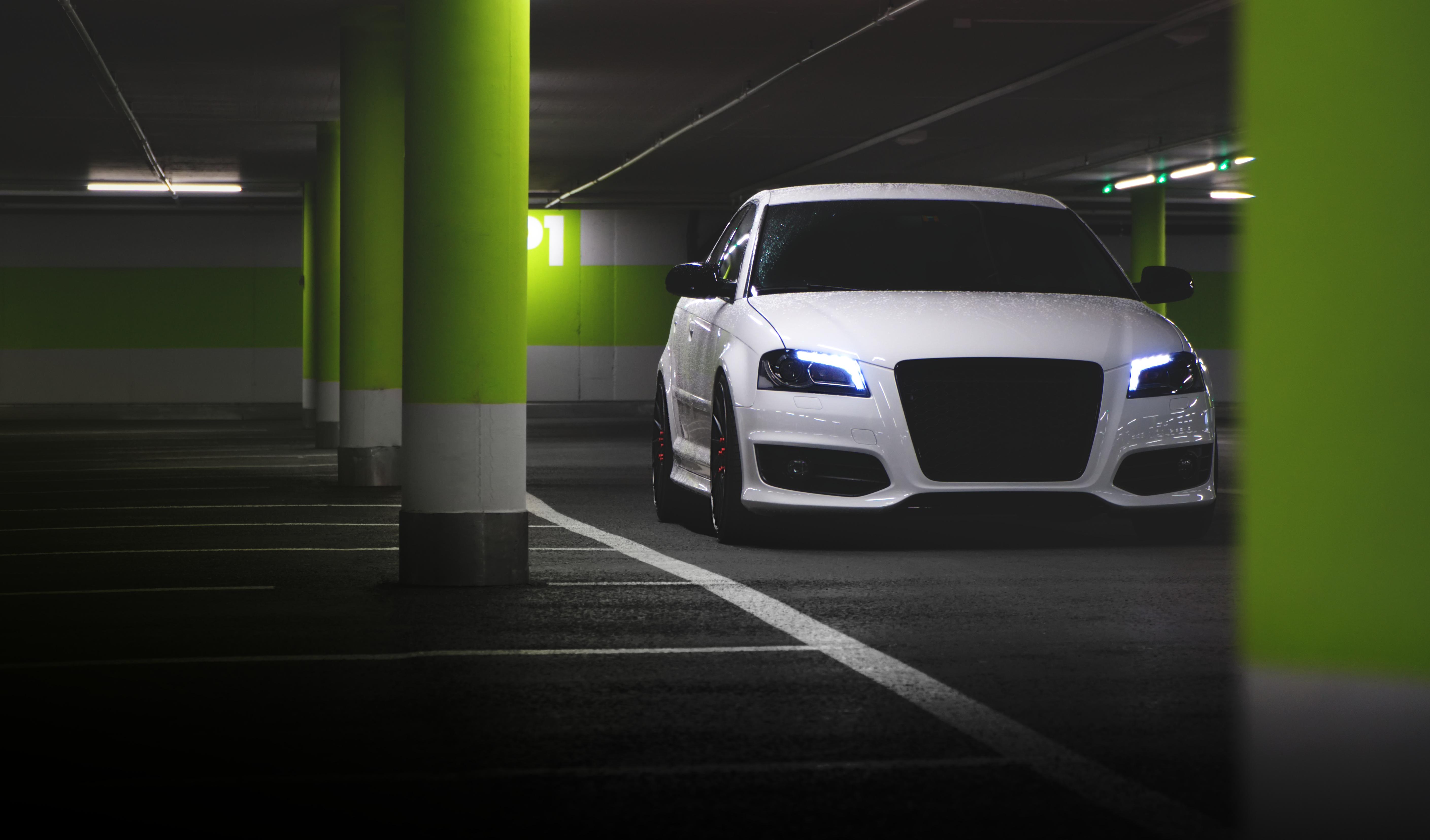 54245 Заставки и Обои Фары на телефон. Скачать Ауди (Audi), Тачки (Cars), Фары, Парковка, Стоянка картинки бесплатно