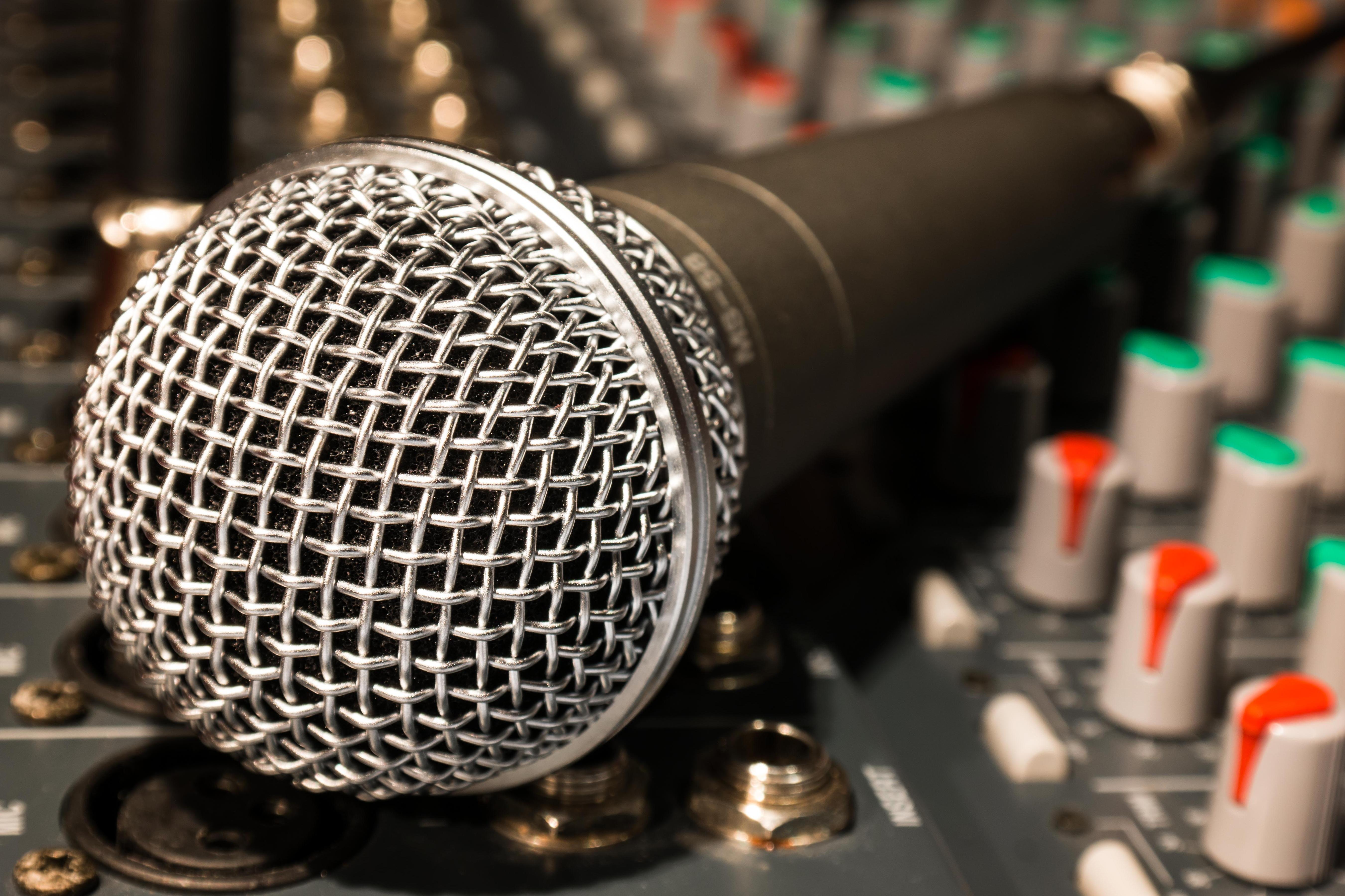 88069 Hintergrundbild herunterladen Musik, Kabel, Rührgerät, Mixer, Mikrofon - Bildschirmschoner und Bilder kostenlos
