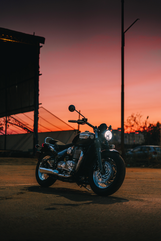 140686 Hintergrundbild herunterladen Motorräder, Dunkel, Seitenansicht, Motorrad, Fahrrad - Bildschirmschoner und Bilder kostenlos