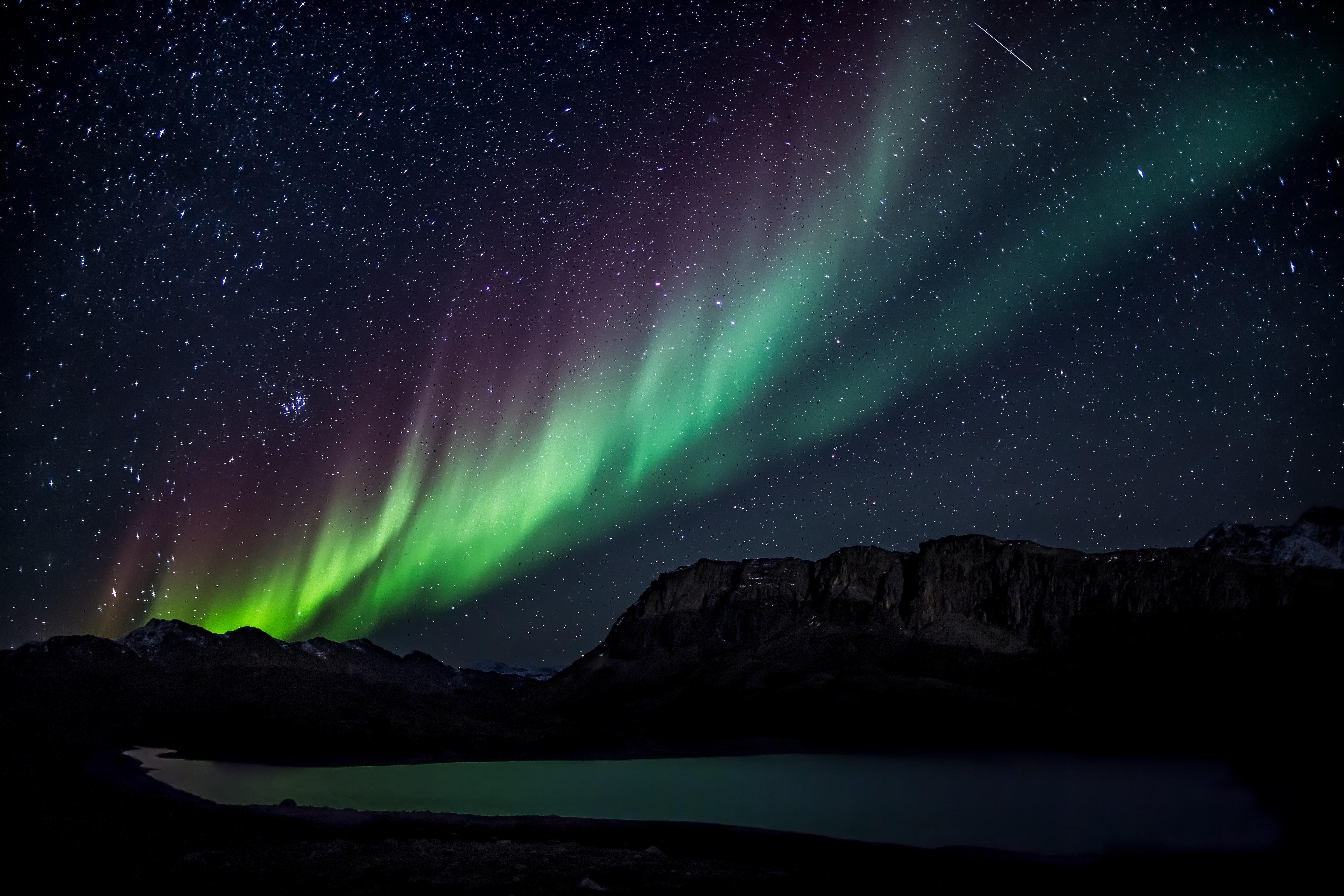 147698 免費下載壁紙 黑暗的, 黑暗, 北极光, 星空, 湖, 湖景, 夜, 山 屏保和圖片