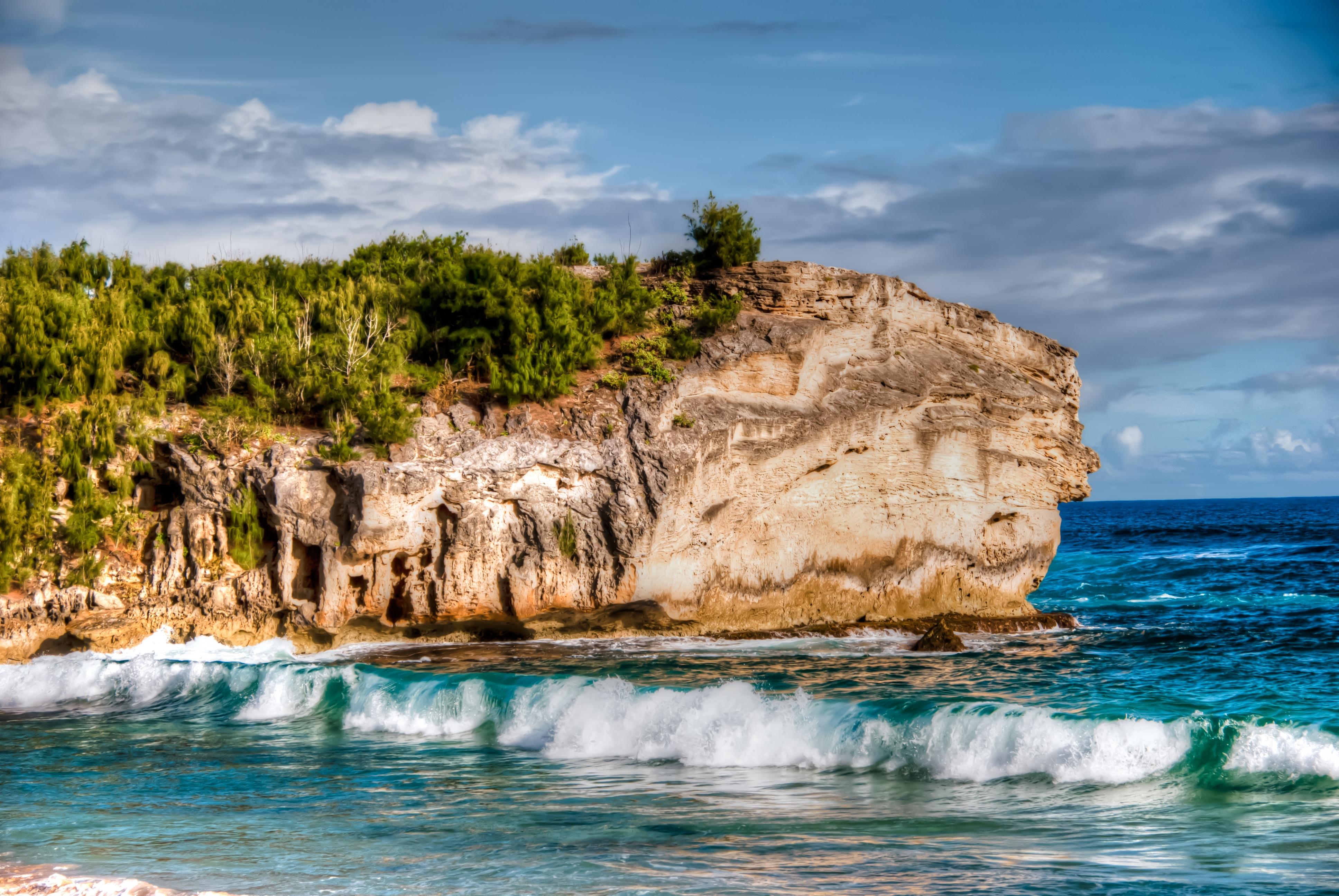 93330 завантажити шпалери Природа, Море, Пляж, Скала, Скеля, Прибій, Пошуку - заставки і картинки безкоштовно