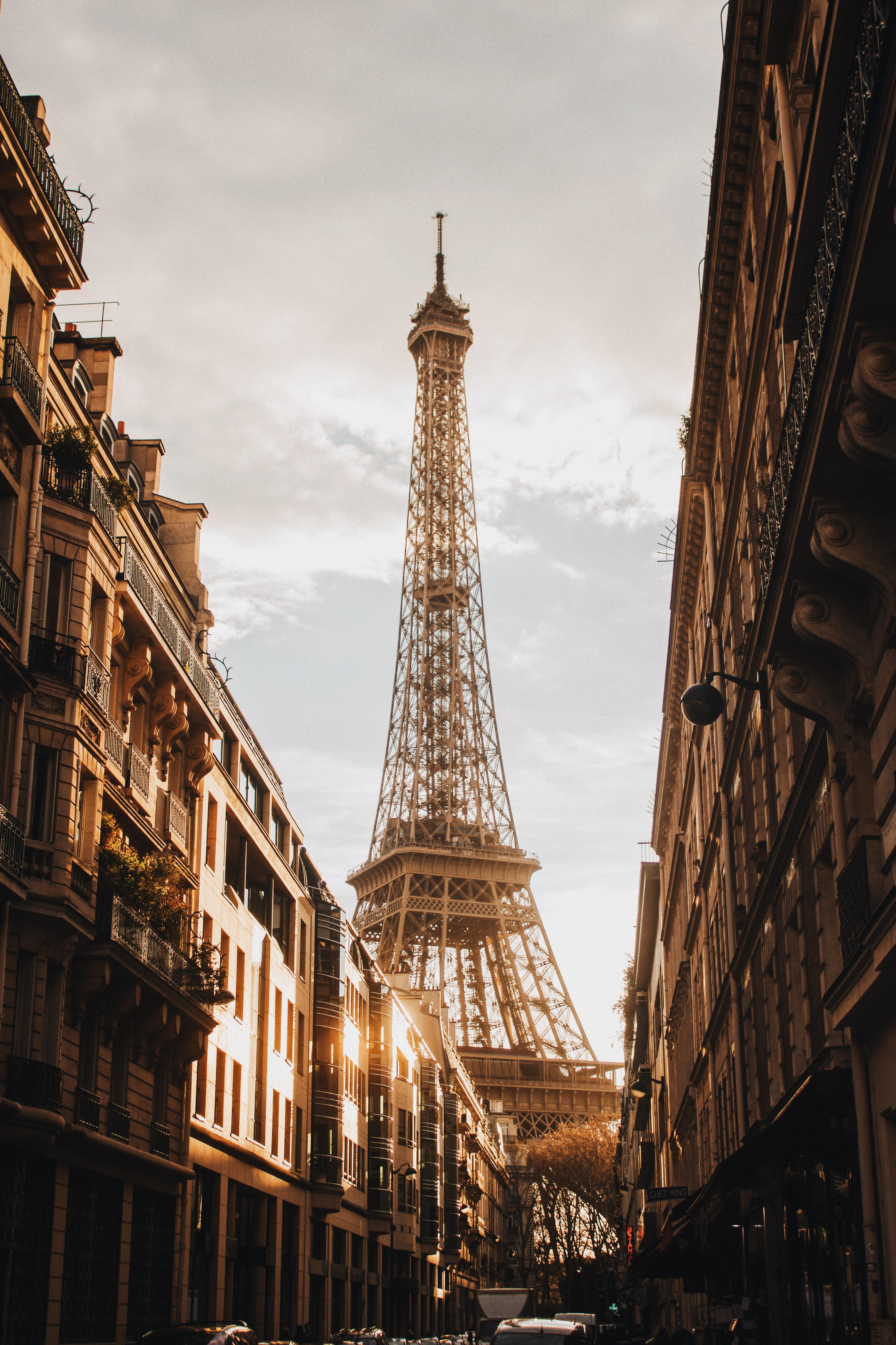 145543 Salvapantallas y fondos de pantalla Arquitectura en tu teléfono. Descarga imágenes de Edificio, Calle, Ciudad, París, Arquitectura, Ciudades, Torre Eiffel gratis