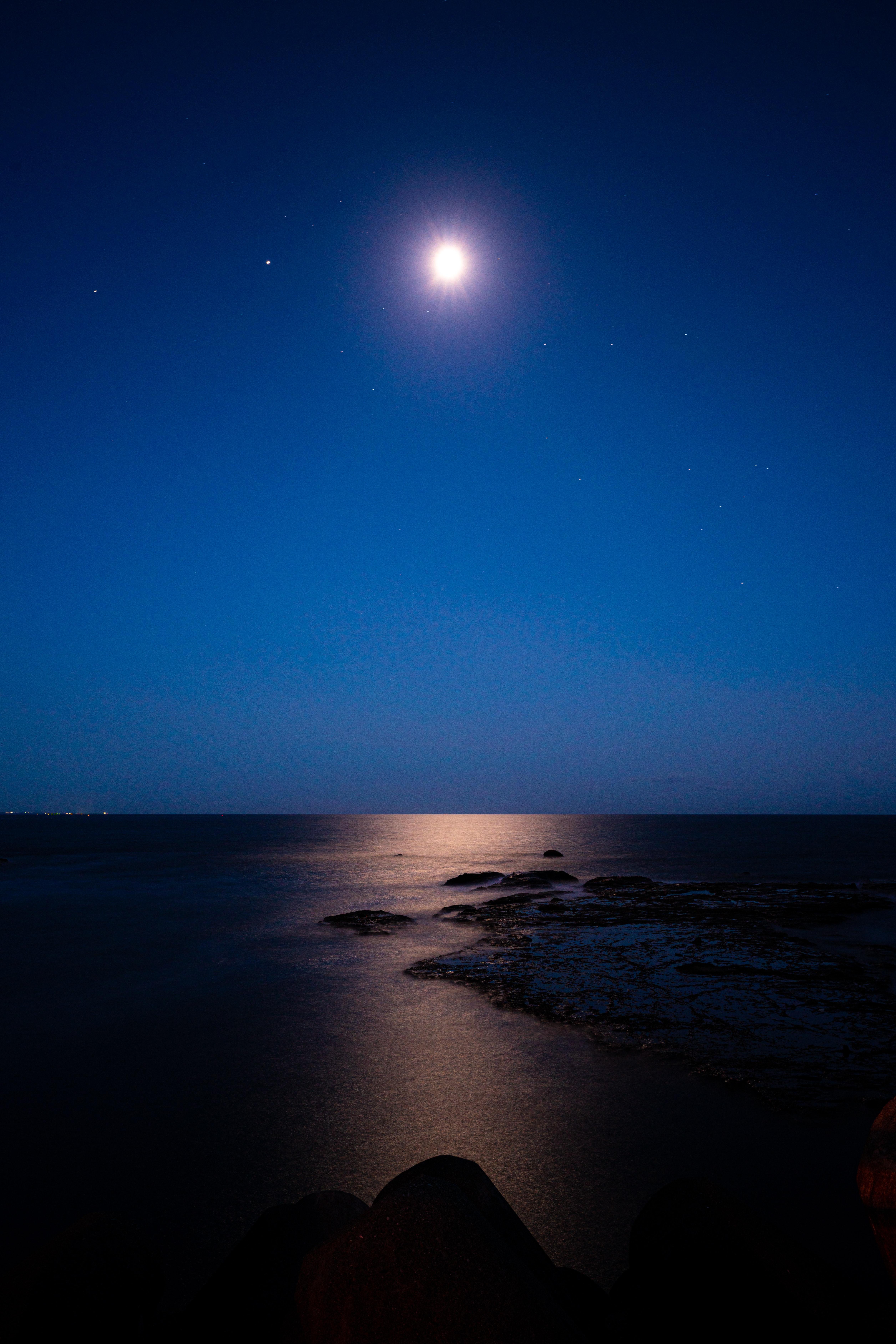 131998 免費下載壁紙 性质, 夜, 月球, 星空, 地平线, 海, 星级 屏保和圖片