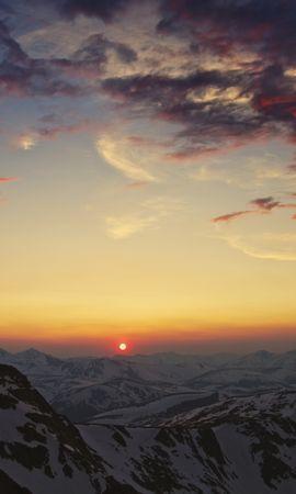 137178 Заставки и Обои Солнце на телефон. Скачать Природа, Кордильеры, Небо, Закат, Облака, Горы, Солнце картинки бесплатно