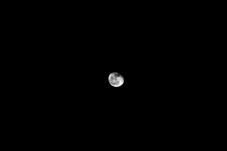 106716 免費下載壁紙 月球, 黑色的, 极简主义, 宇宙 屏保和圖片