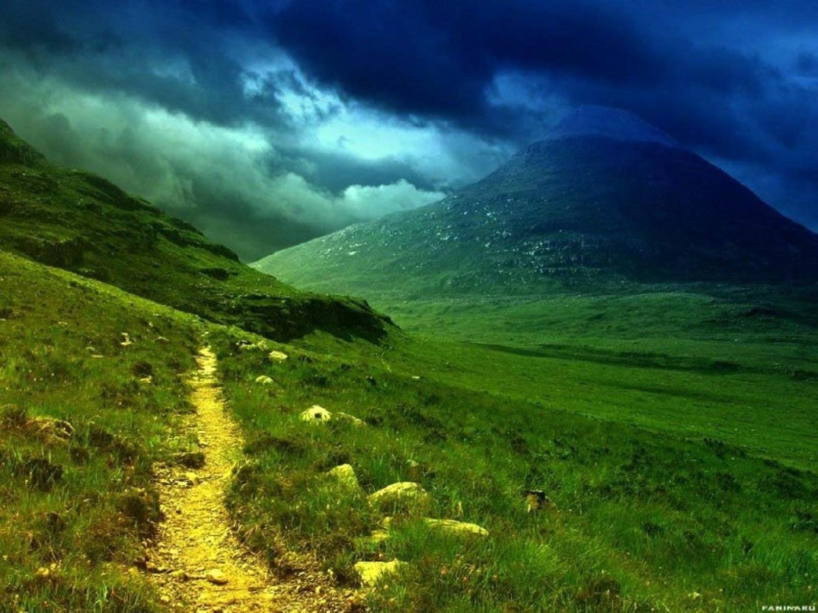 1416 скачать обои Пейзаж, Трава, Дороги, Горы - заставки и картинки бесплатно