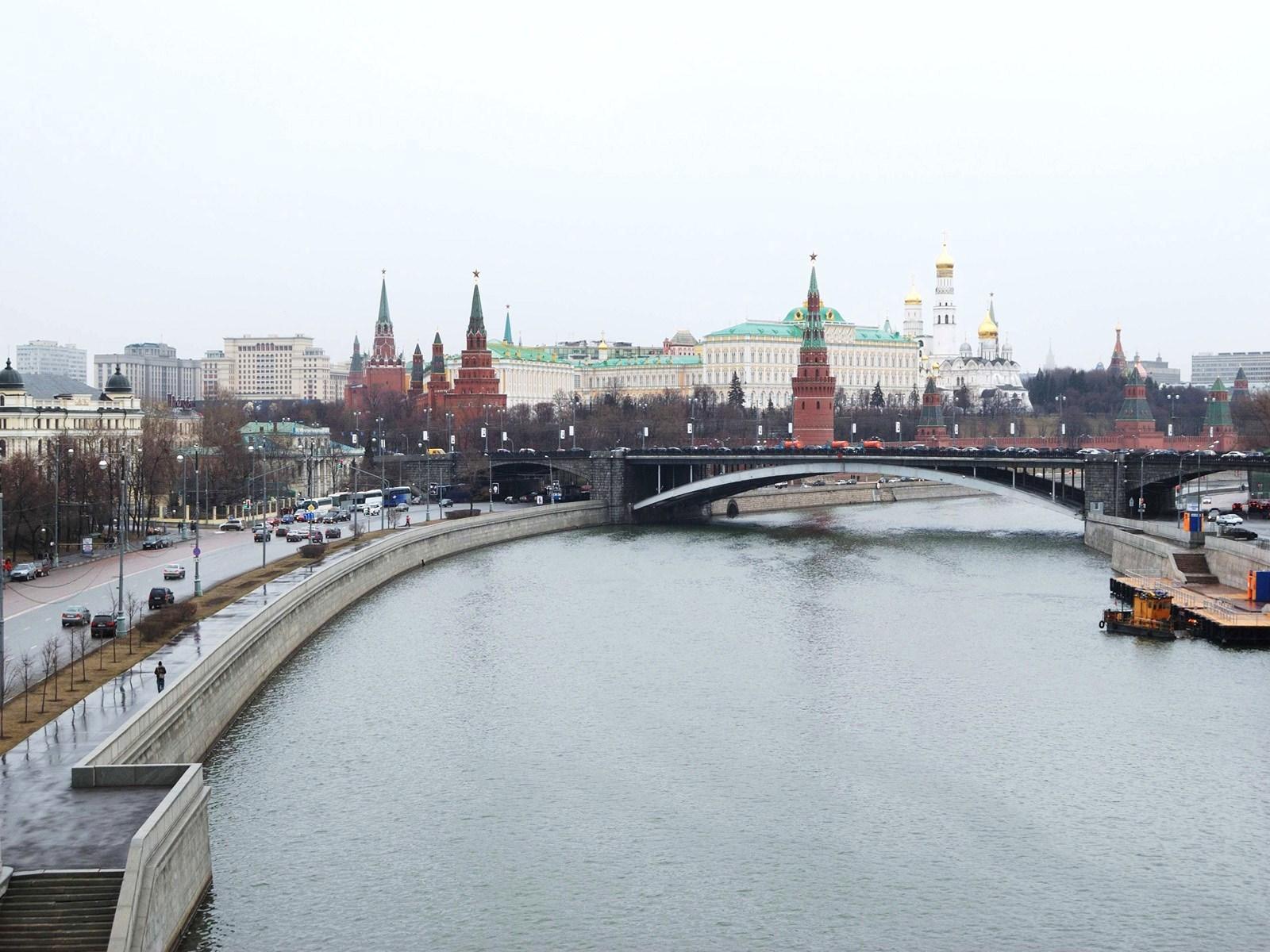 22051 завантажити шпалери Пейзаж, Міста, Річка, Москва - заставки і картинки безкоштовно