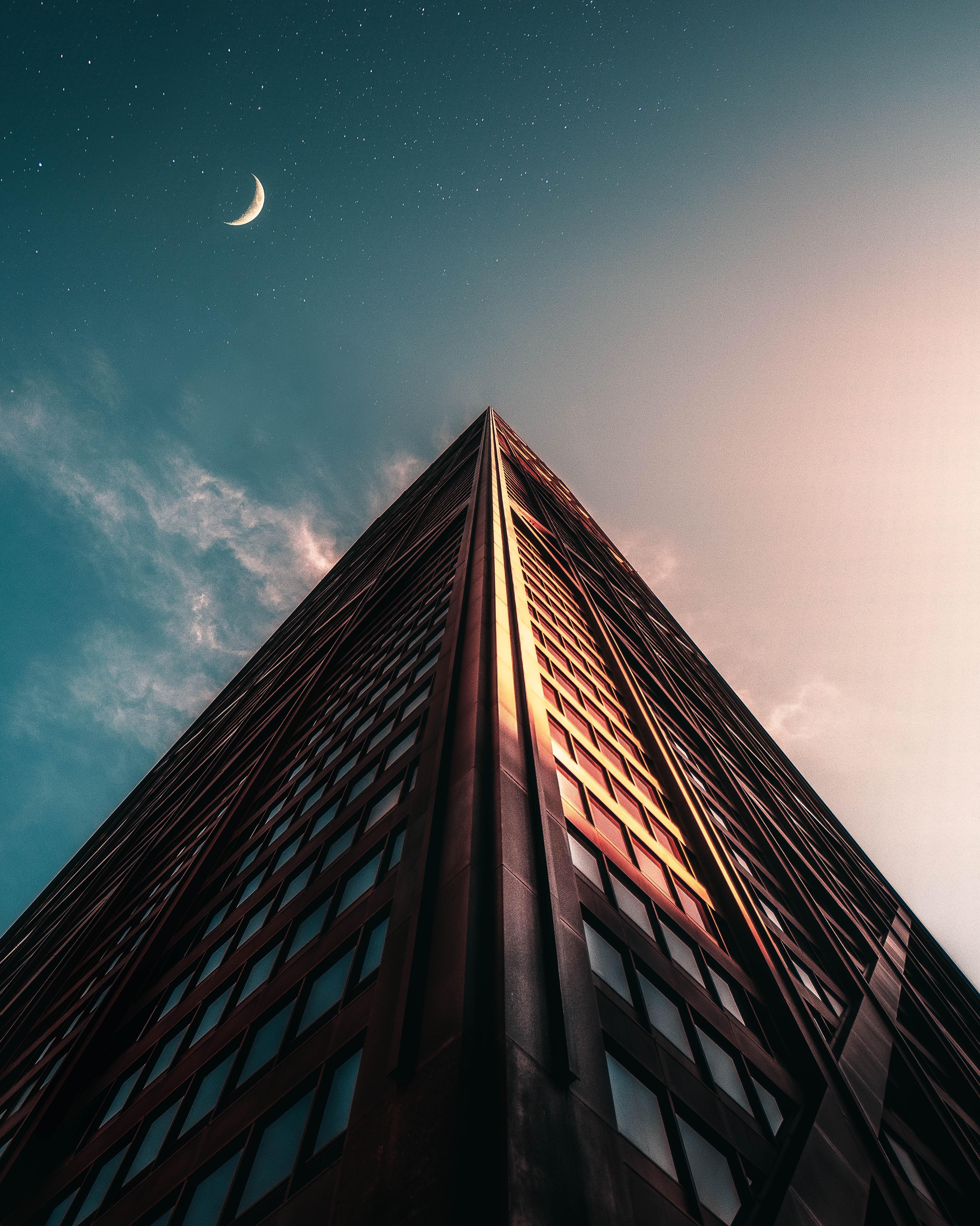 72667 Salvapantallas y fondos de pantalla Arquitectura en tu teléfono. Descarga imágenes de Edificio, Fachada, Ángulo, Esquina, Rascacielos, Arquitectura, Ciudades gratis