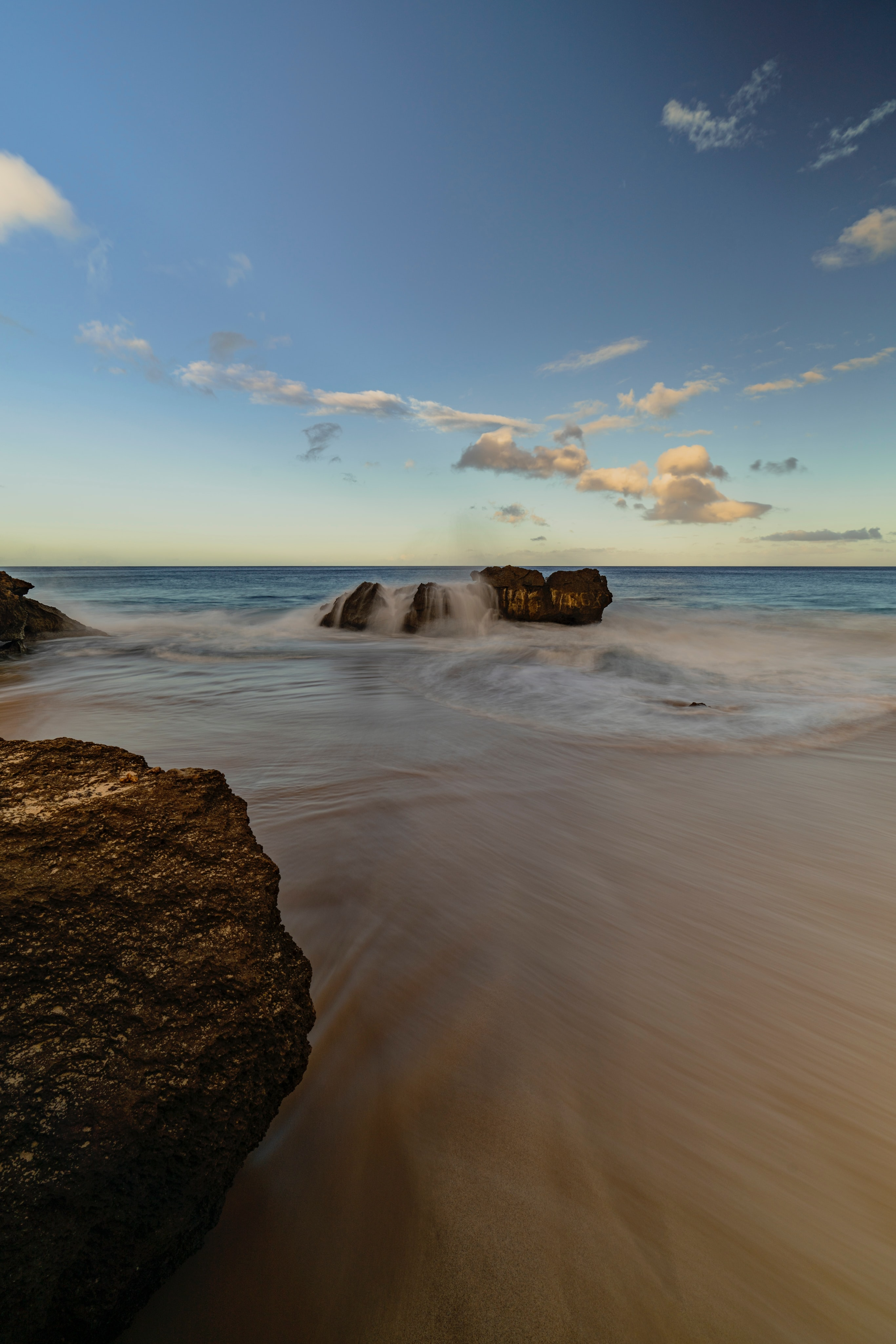 98118 download wallpaper Water, Nature, Stones, Sea, Beach, Shore, Bank screensavers and pictures for free